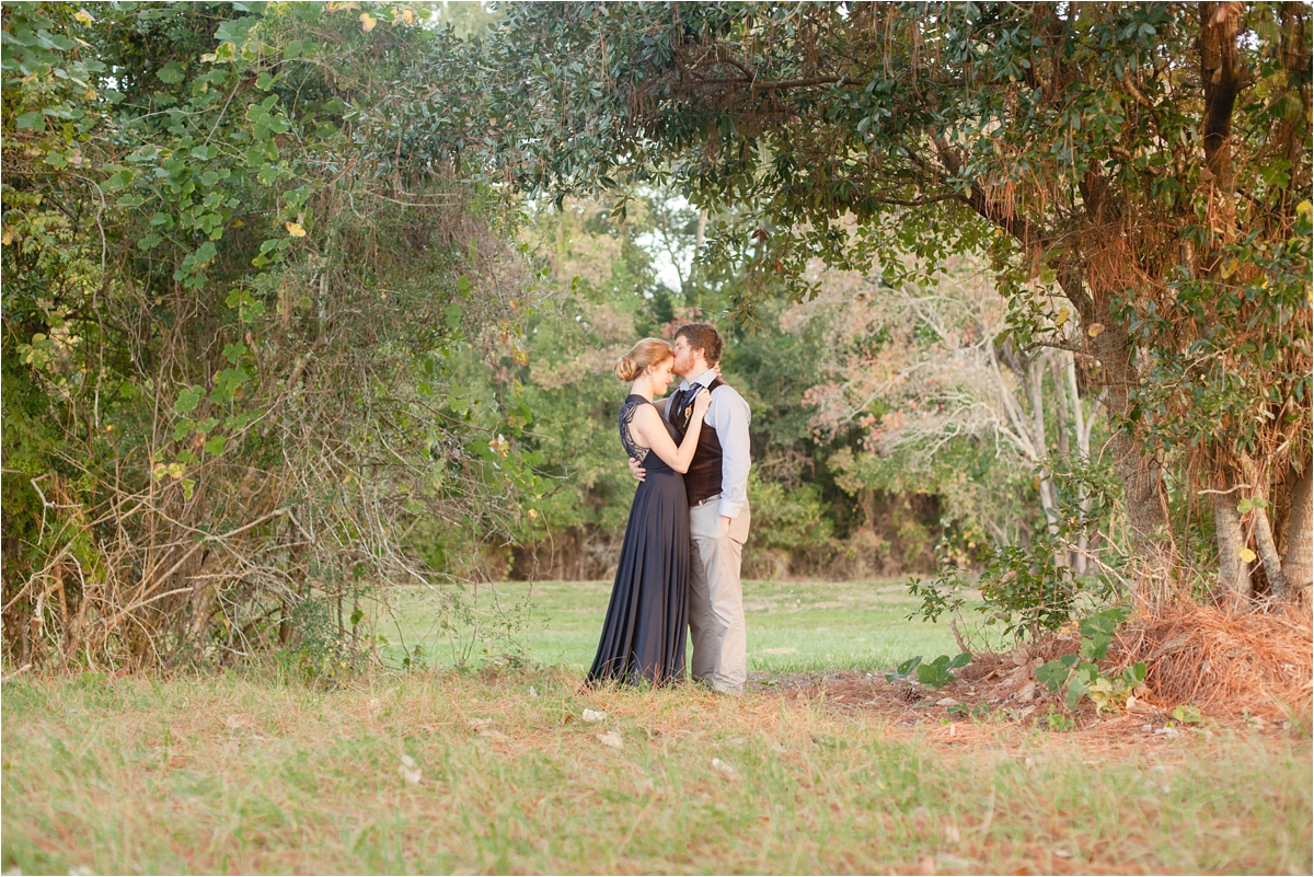 anniversary-session-couple-pride-prejudice-Alabama-country-Mobile-Photography_0025