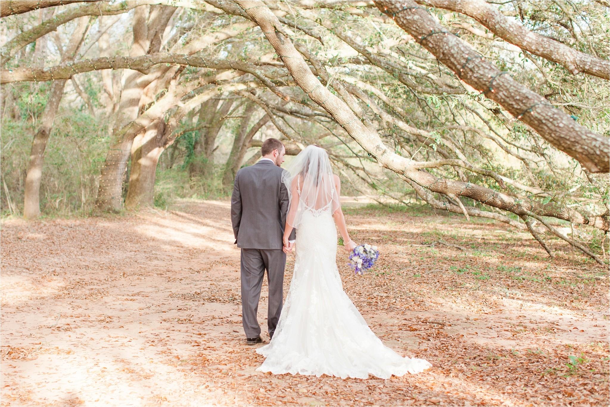 Lewis_Oak_Hollow_Wedding_Fairhope_AL_0081
