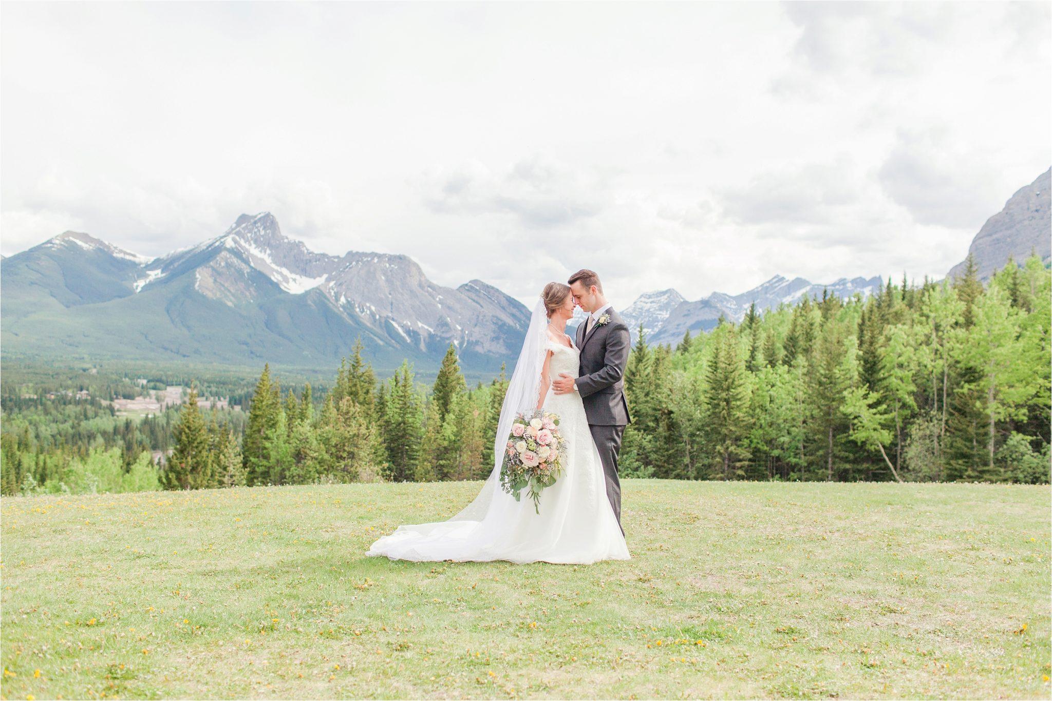 Kananaskis Canada Wedding at the Delta Lodge