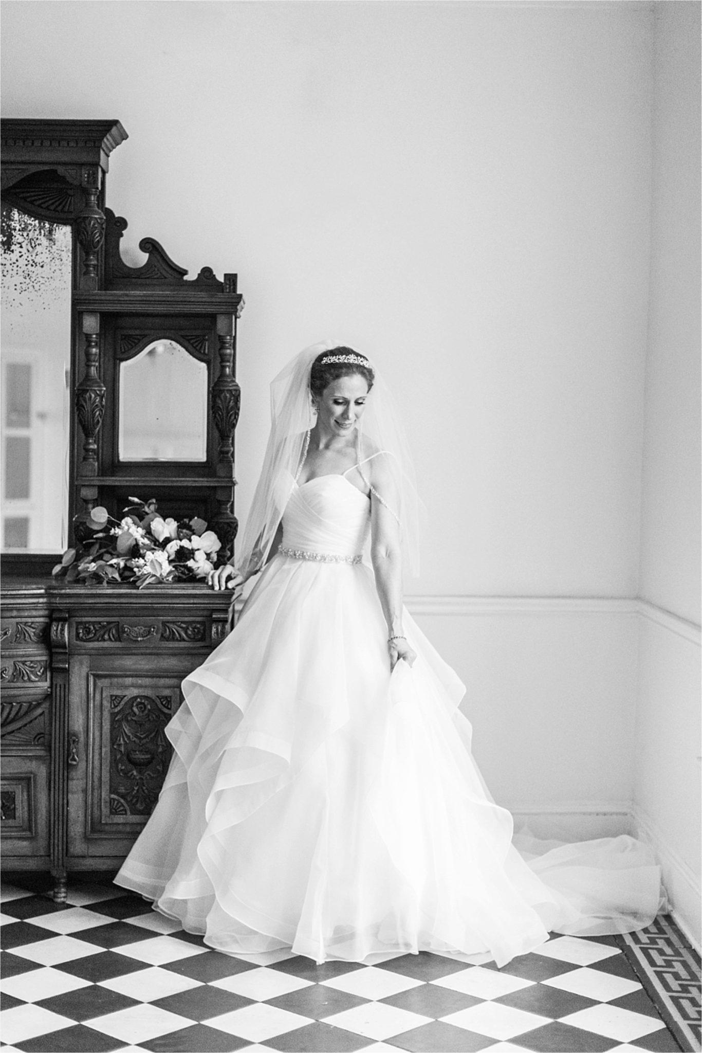 Bridal Session at The Pillars of Mobile-Mobile Alabama Wedding Photographer-Sarra-Bridal session-Wedding dress