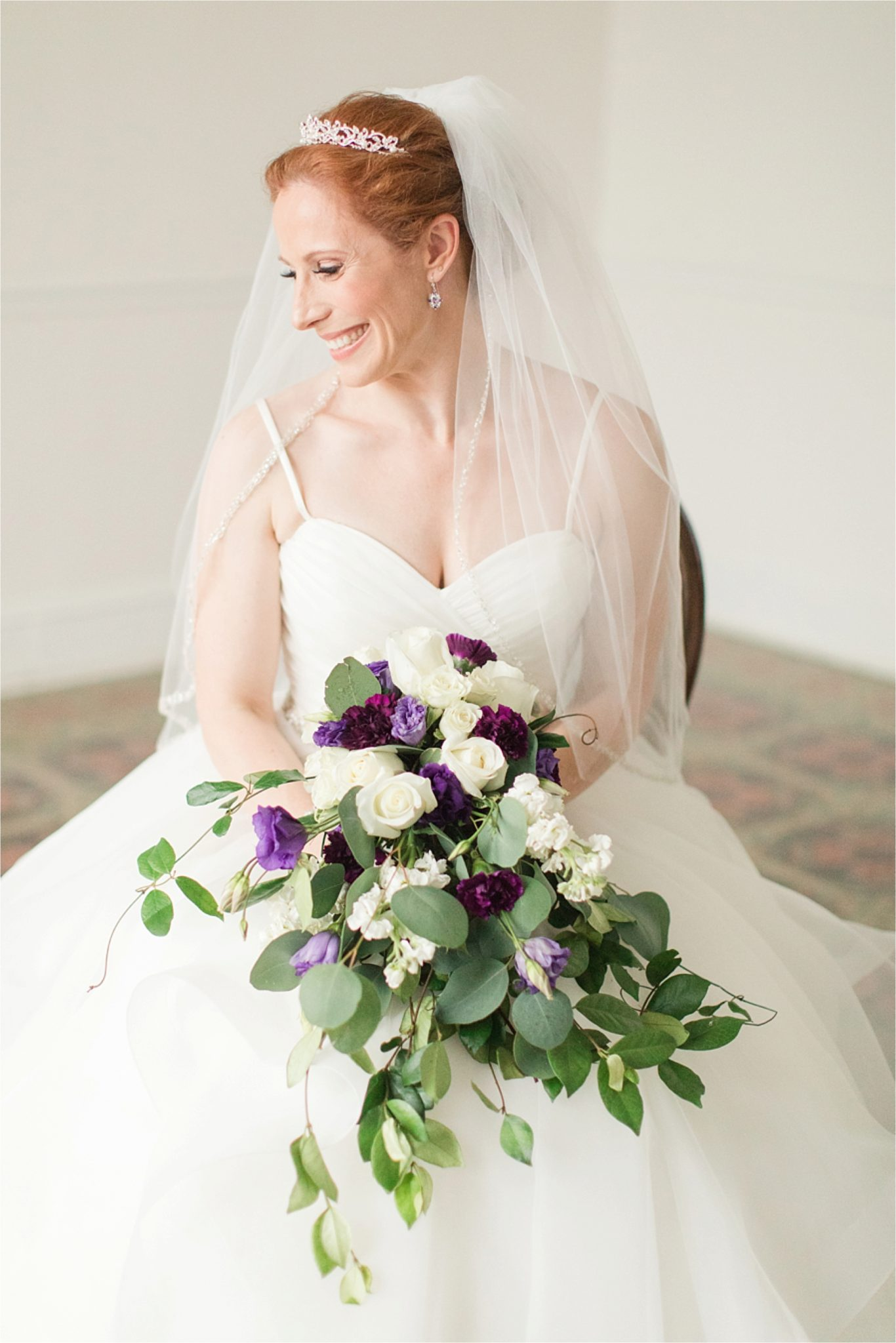 Bridal Session at The Pillars of Mobile-Mobile Alabama Wedding Photographer-Sarra-Bridal session-Wedding dress-Bridal bouquet