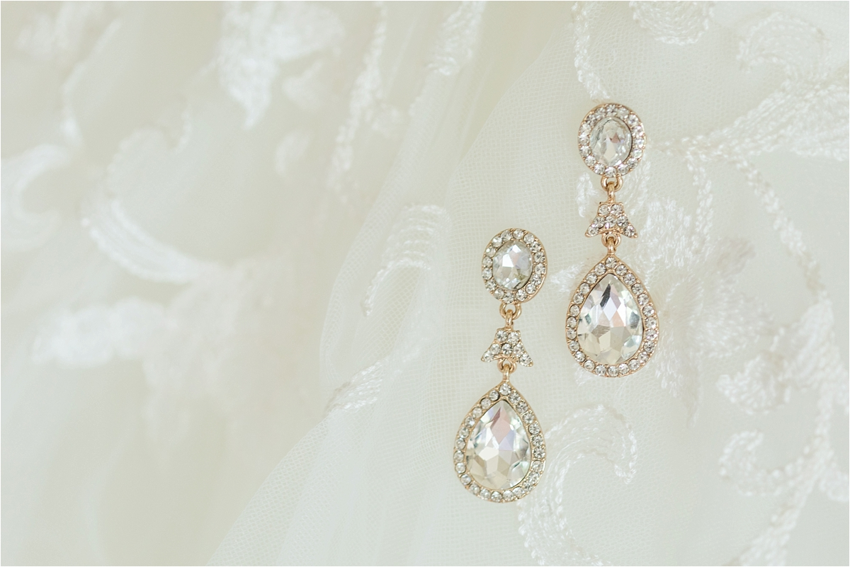 wedding-jewelry-ornate-tear-drop-yellow-gold-earrings-diamon