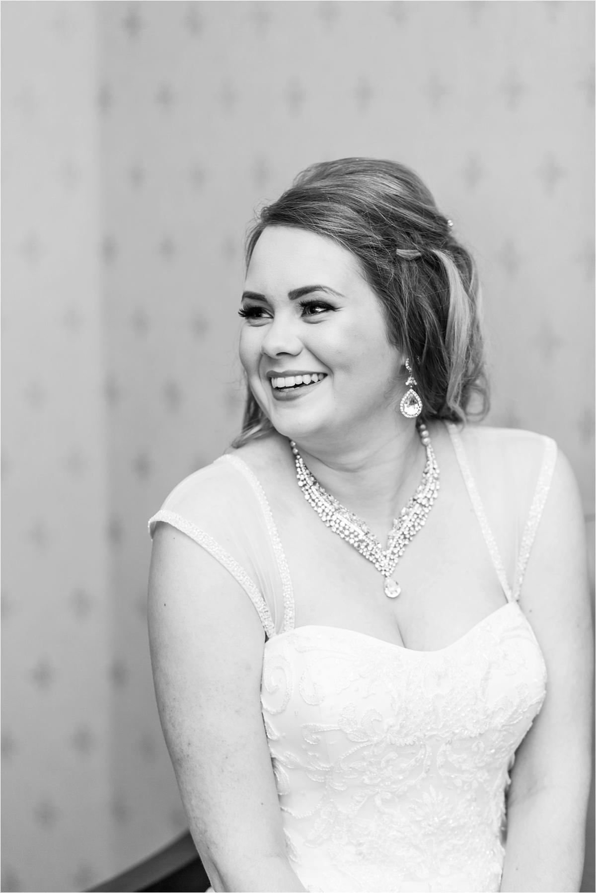 bridal-portraits-alabama-wedding-photographer-cuff-sleeves