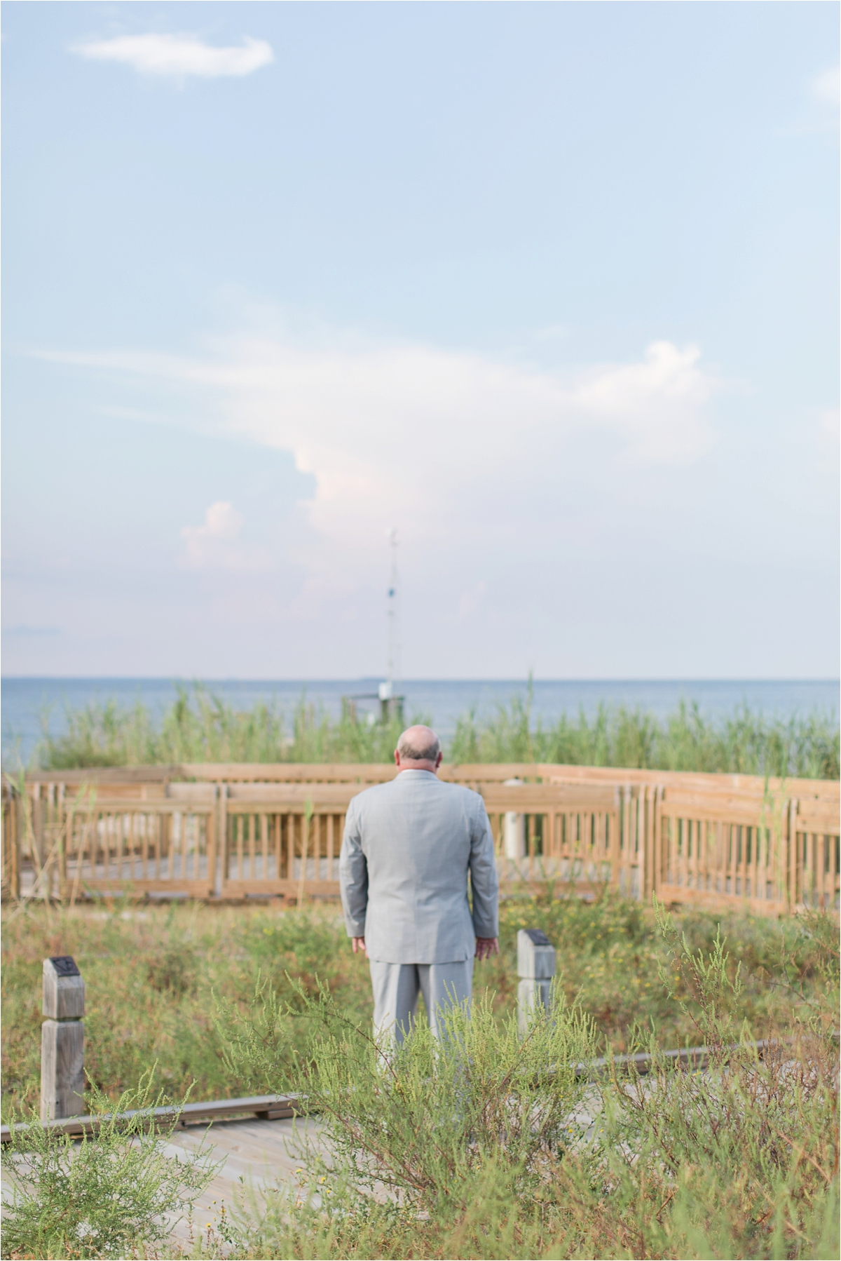 first look-father of the bride-alabama-wedding-photographer-Dauphin Island Estuarium-on the beach-beach