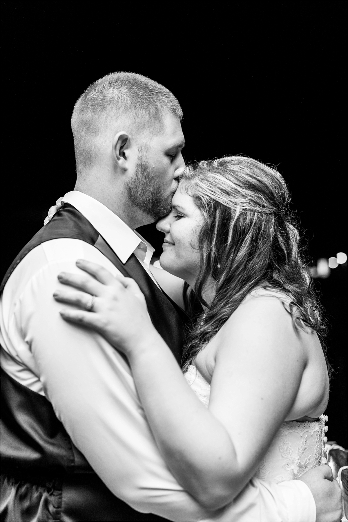 bride-groom-reception-portraits-precious-moments-evening-wedding