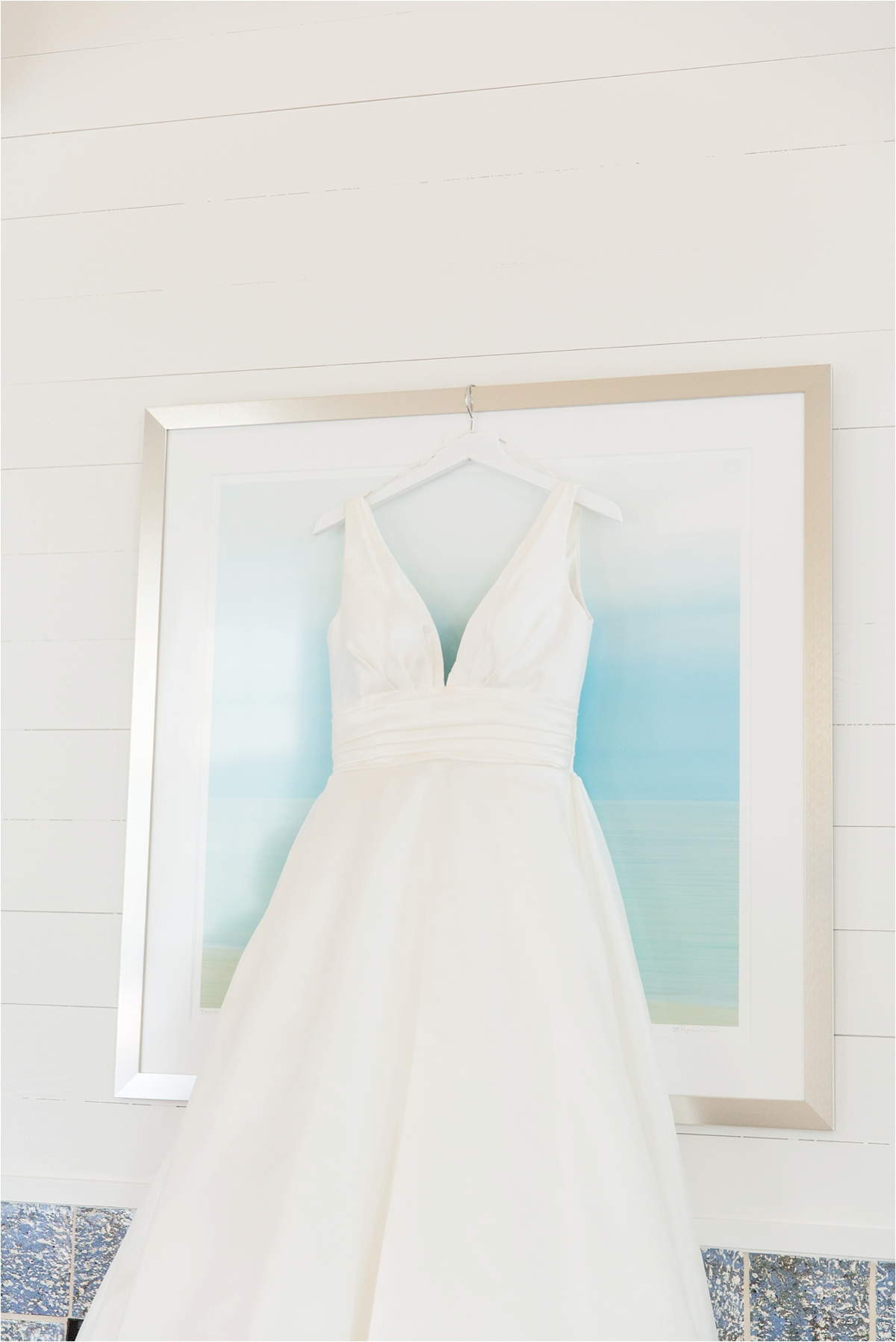 Seaside Florida Wedding Photographer-Catherine Carter + Brian-Wedding dress-Alabama photographer