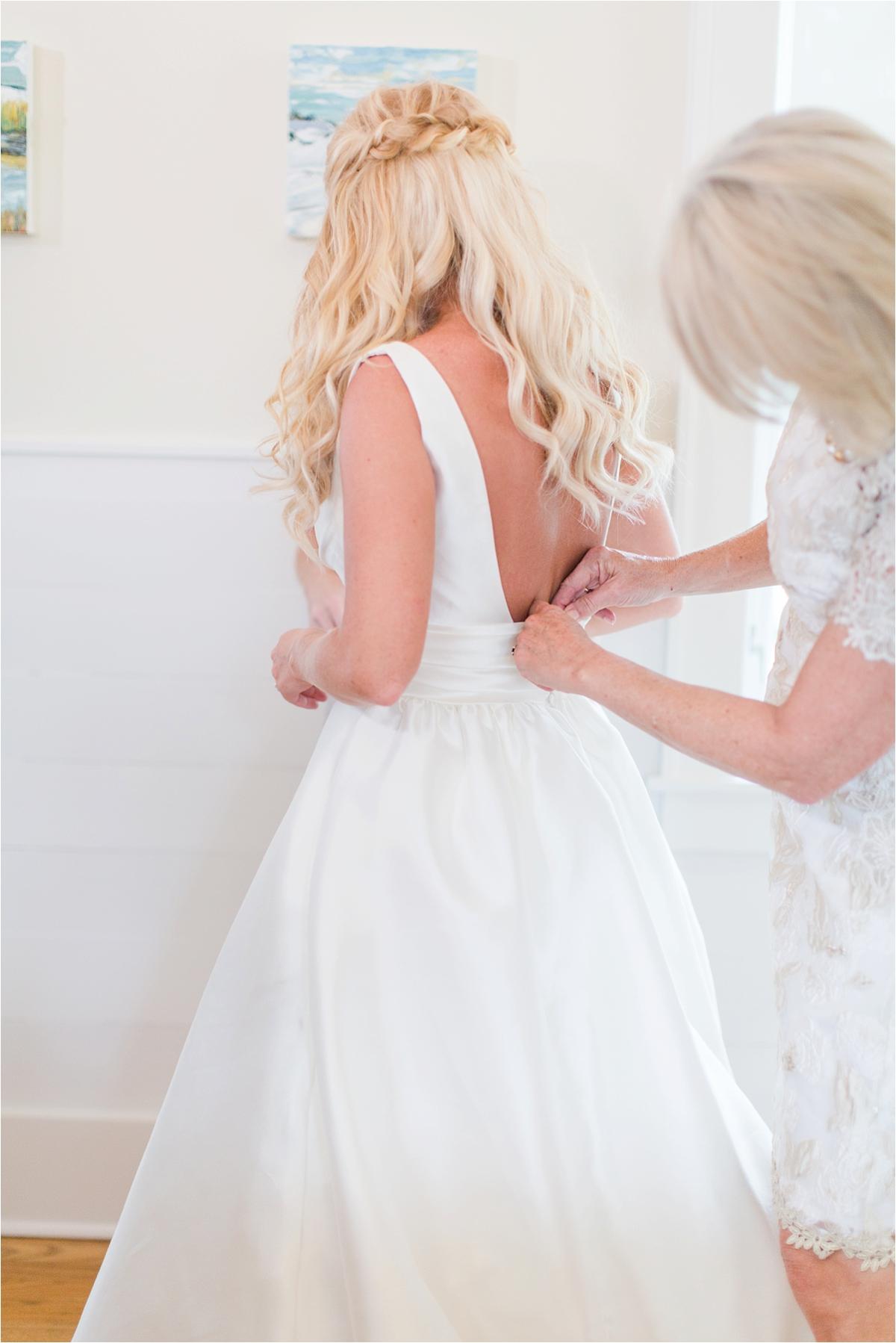 Seaside Florida Wedding Photographer-Catherine Carter + Brian-Bridal party-Wedding dress-Alabama photographer-Mom and daughter