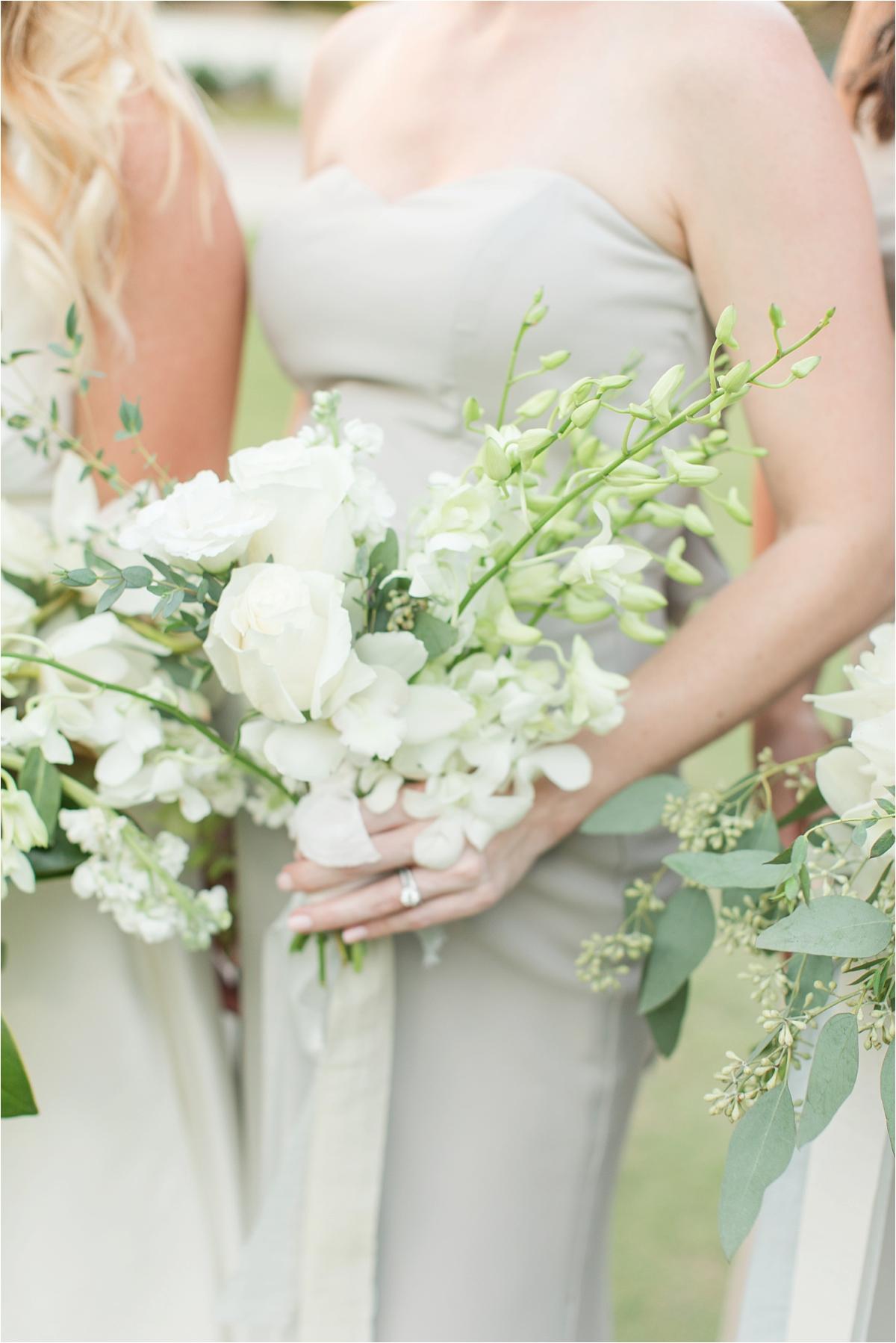 Seaside Florida Wedding Photographer-Catherine Carter + Brian-Alabama photographer-Neutral Wedding-Wedding bouquet