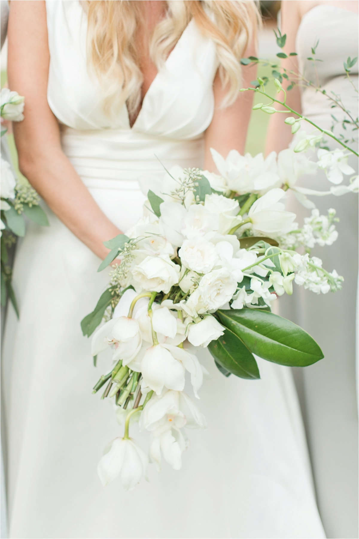 Seaside Florida Wedding Photographer-Catherine Carter + Brian-Alabama photographer-Neutral Wedding-Flower bouquets