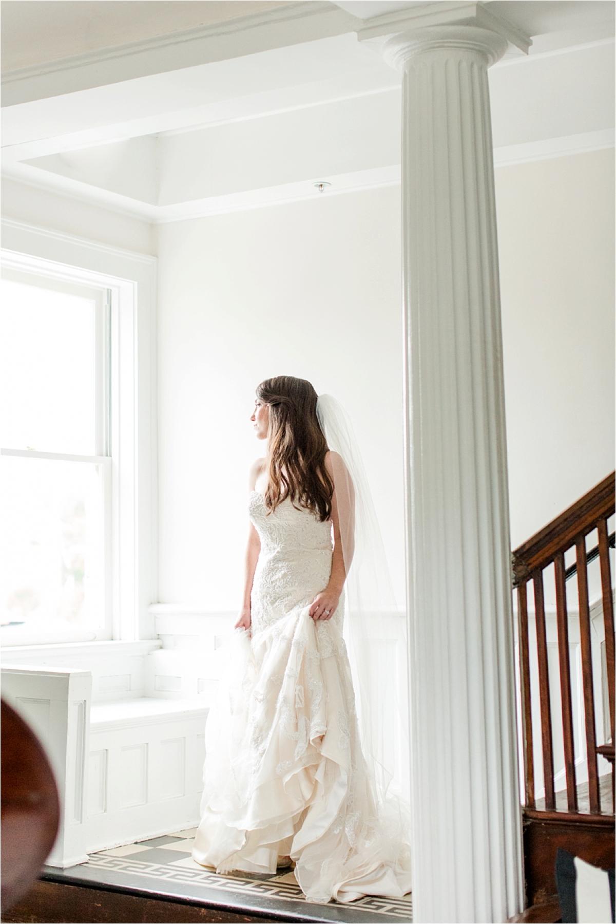 Bridal-Portraits-the Pillars-Mobile, Alabama-Dragonfly-Photography