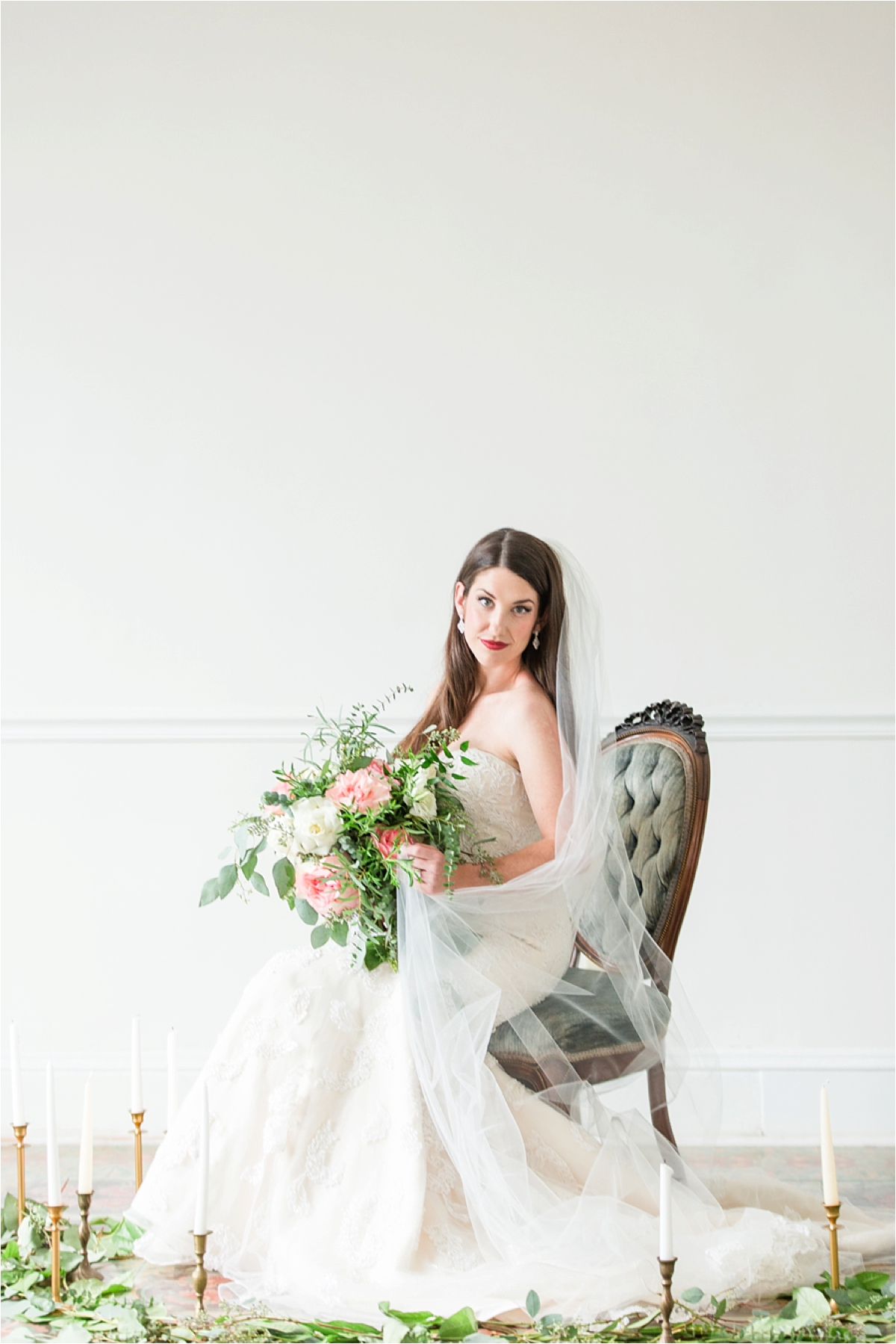 Bridal-Portraits-the Pillars-Mobile, Alabama-Dragonfly-Photography-vintage-antique-chair