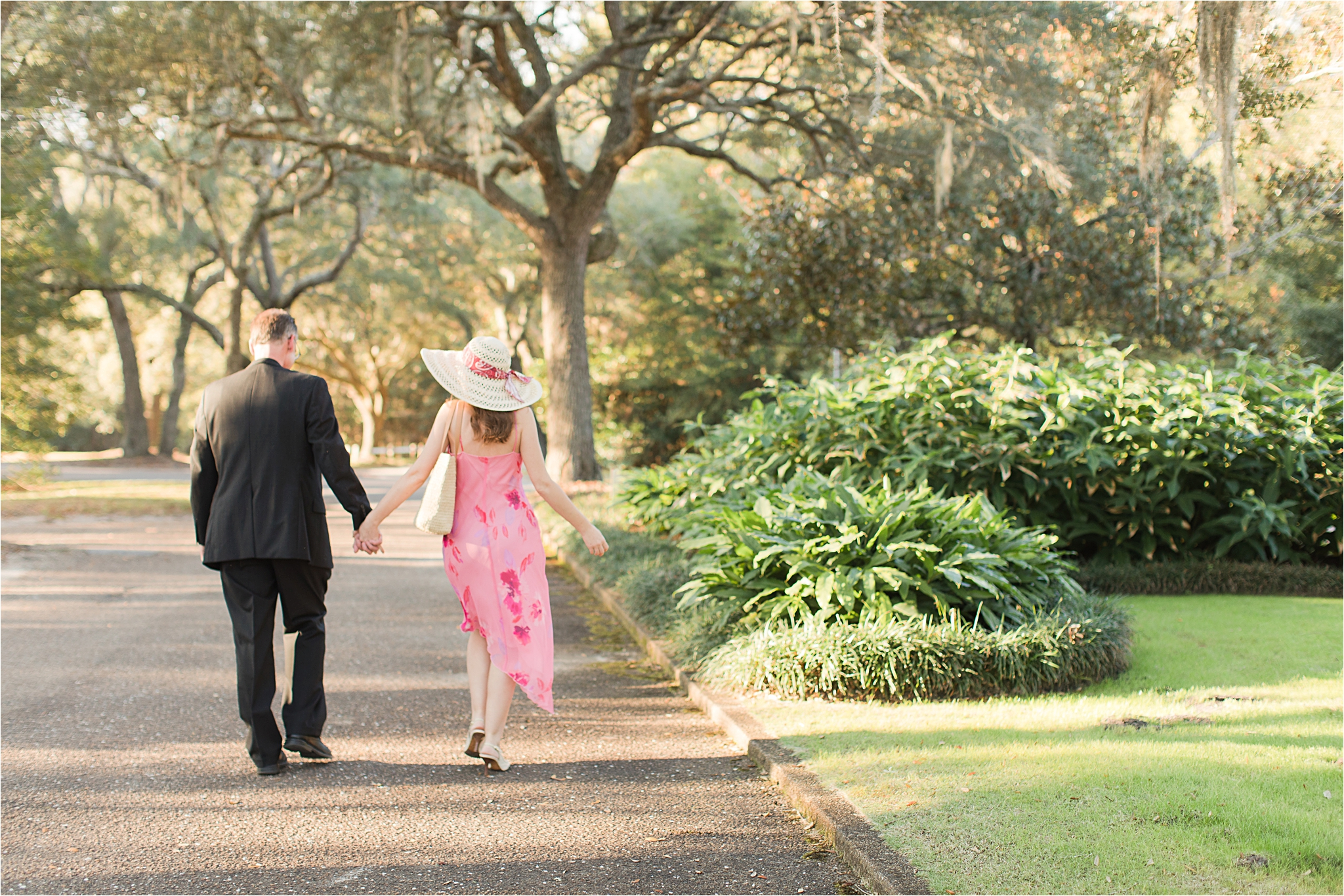 Bellingrath Gardens Engagement Session at Christmas