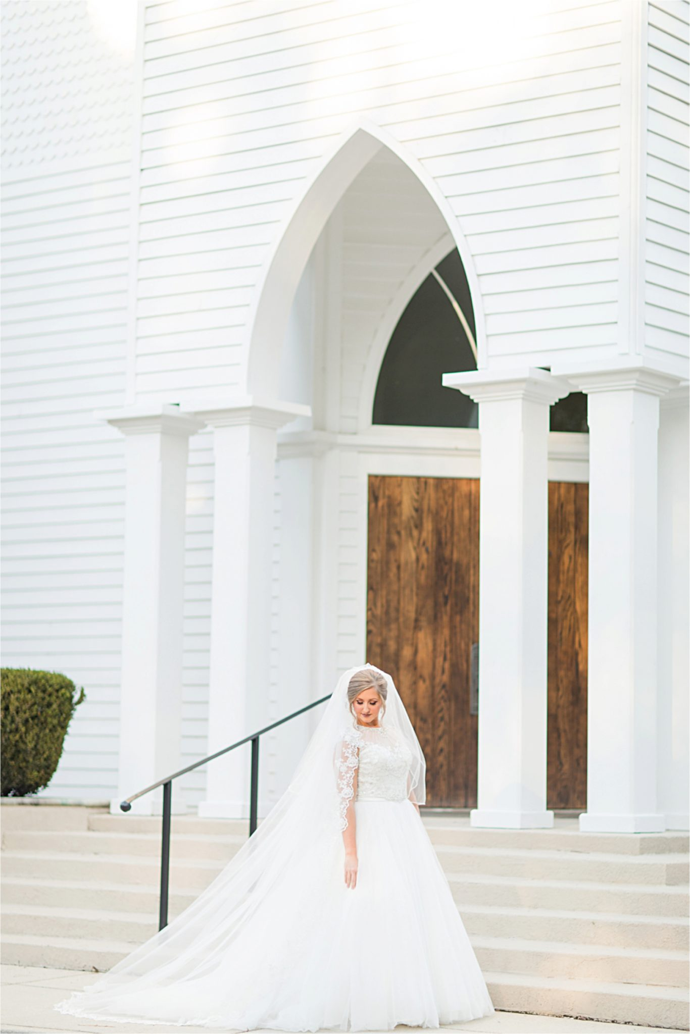 St Francis at the Point Bridal Portraits-Mary Catherine-Alabama photographer-Bridal Shoot-Wedding Dress