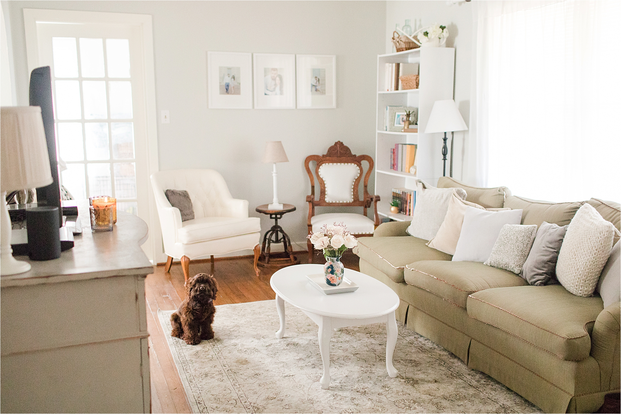 first-home-living-room-vintage-airy-neutrals