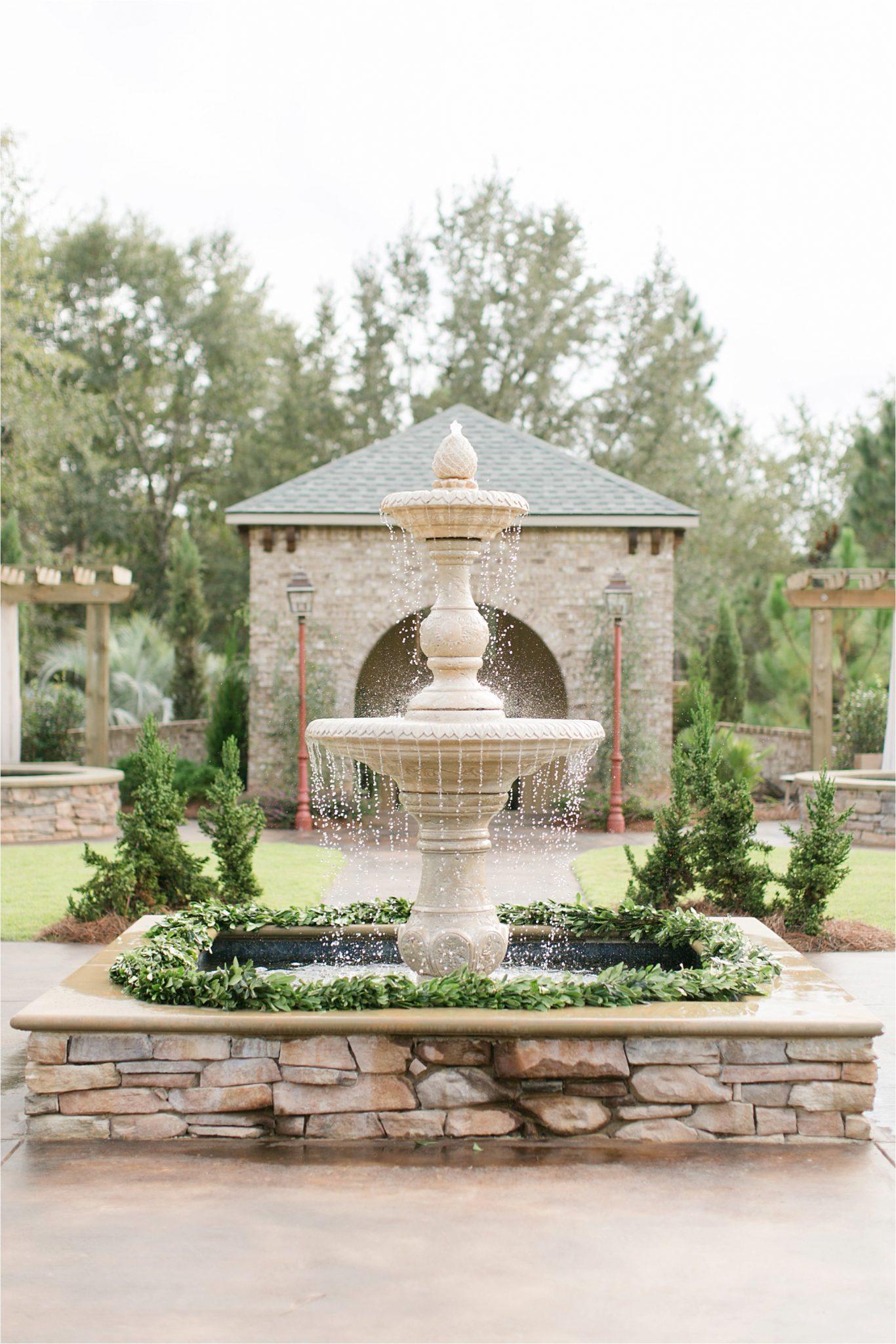Bella Sera Gardens-Alabama-wedding locations-venues-fountain