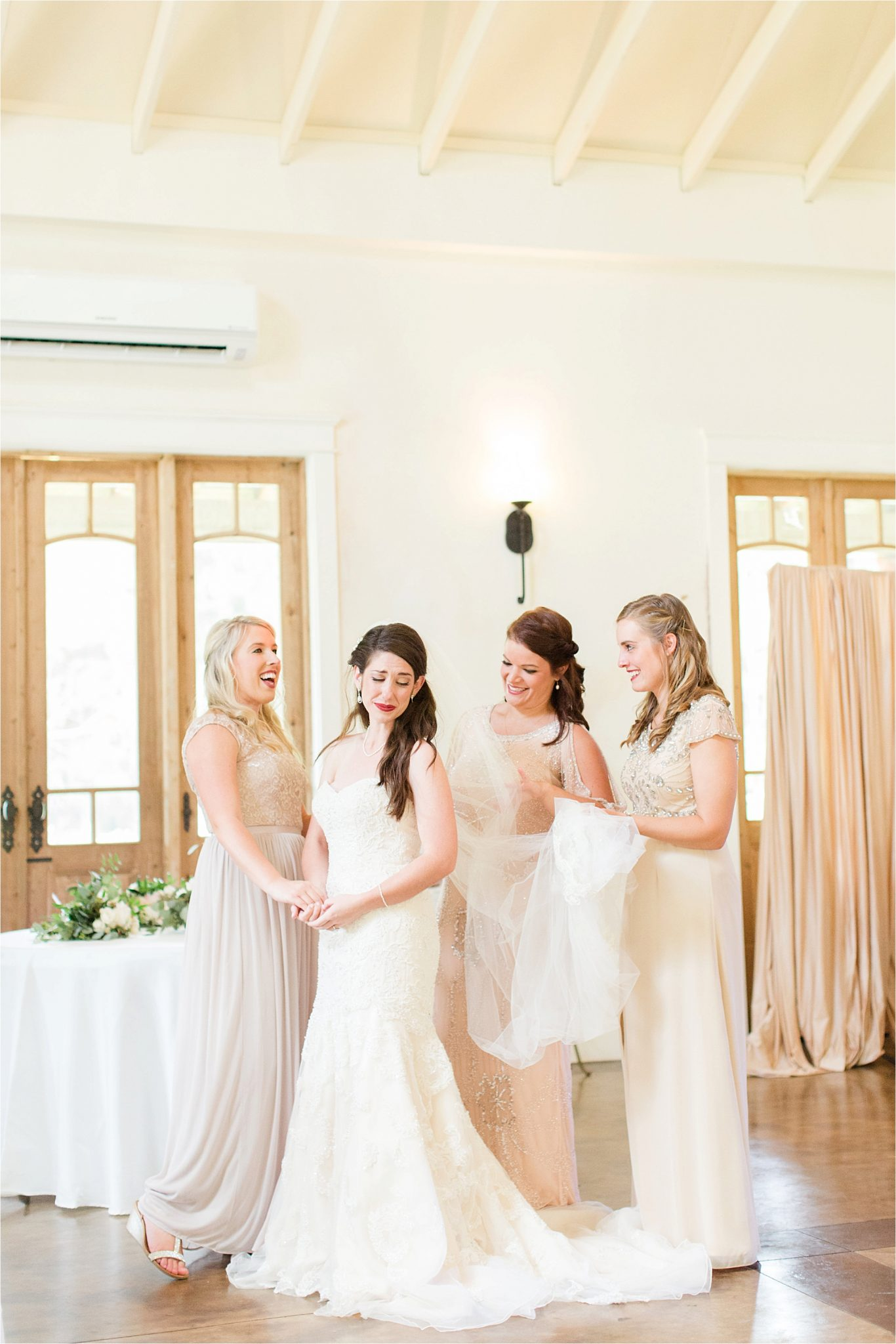 Bridesmaids-neutrals-champagnes-dresses-bride-brooch-hair-piece