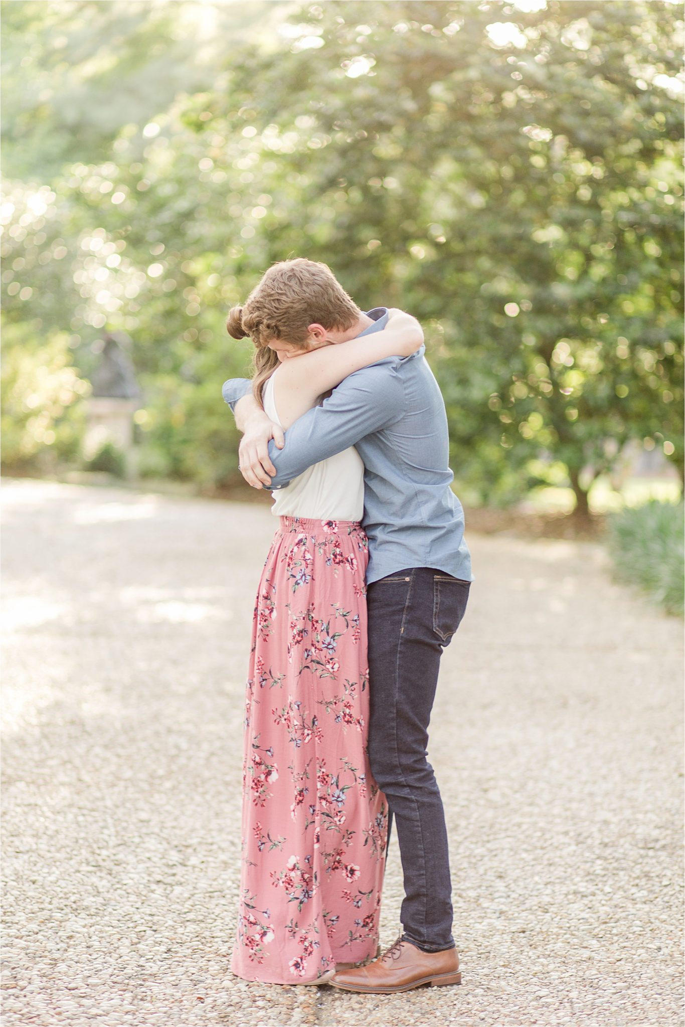 family photography-couple photography-couples hugging portraits-mom and dad