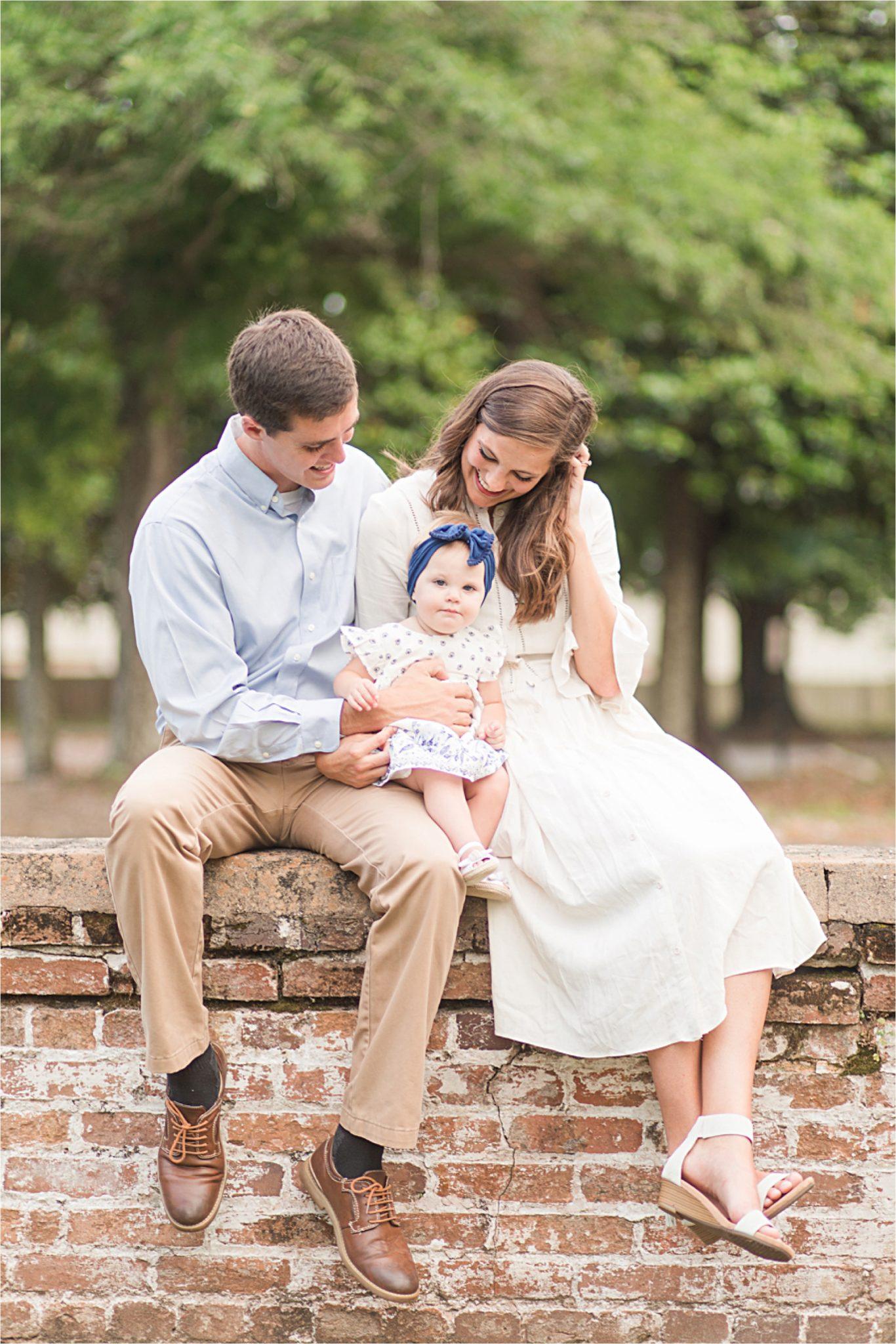 Mobile Alabama Family Photography-Family portrait-family photos-family of three