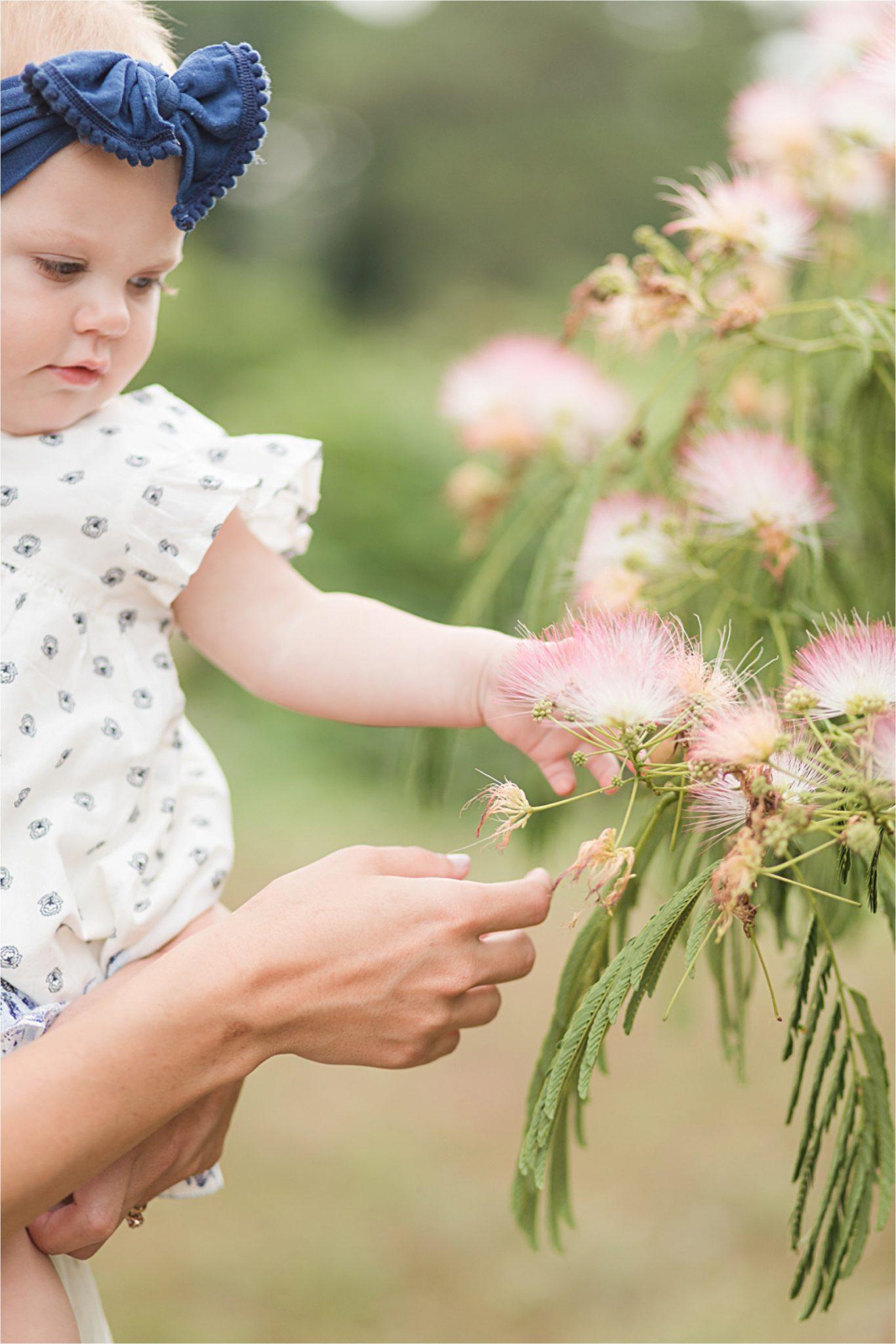 Alabama family photographer-toddler photography-baby headband-babies and flowers