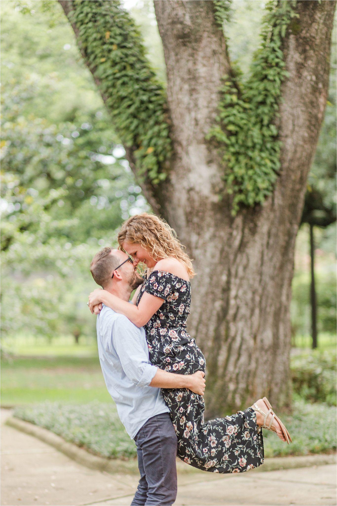cute couple photos-Alabama family photographer-couple portraits-candid-husband and wife