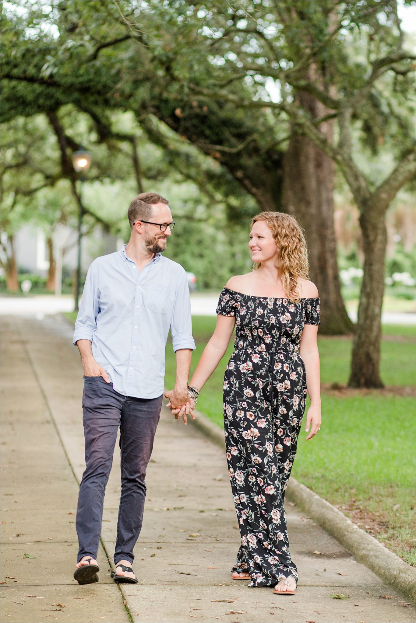 Alabama photographer-family photos-family portraits-couple photos-Washington Square Park-Mobile Alabama