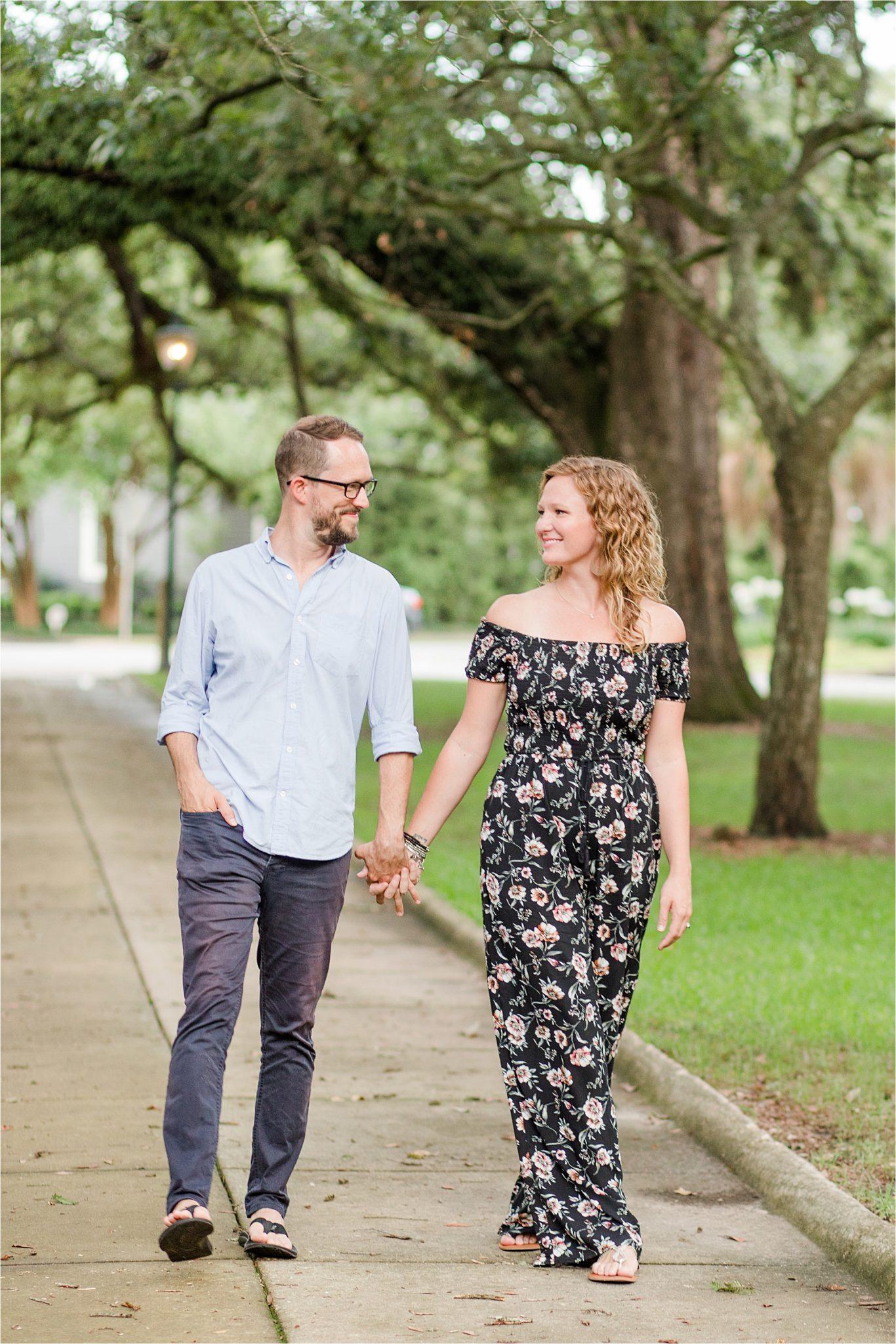 Alabama photographer-family photos-family portraits-couple photos-Washington Square Park-Mobile Alabama