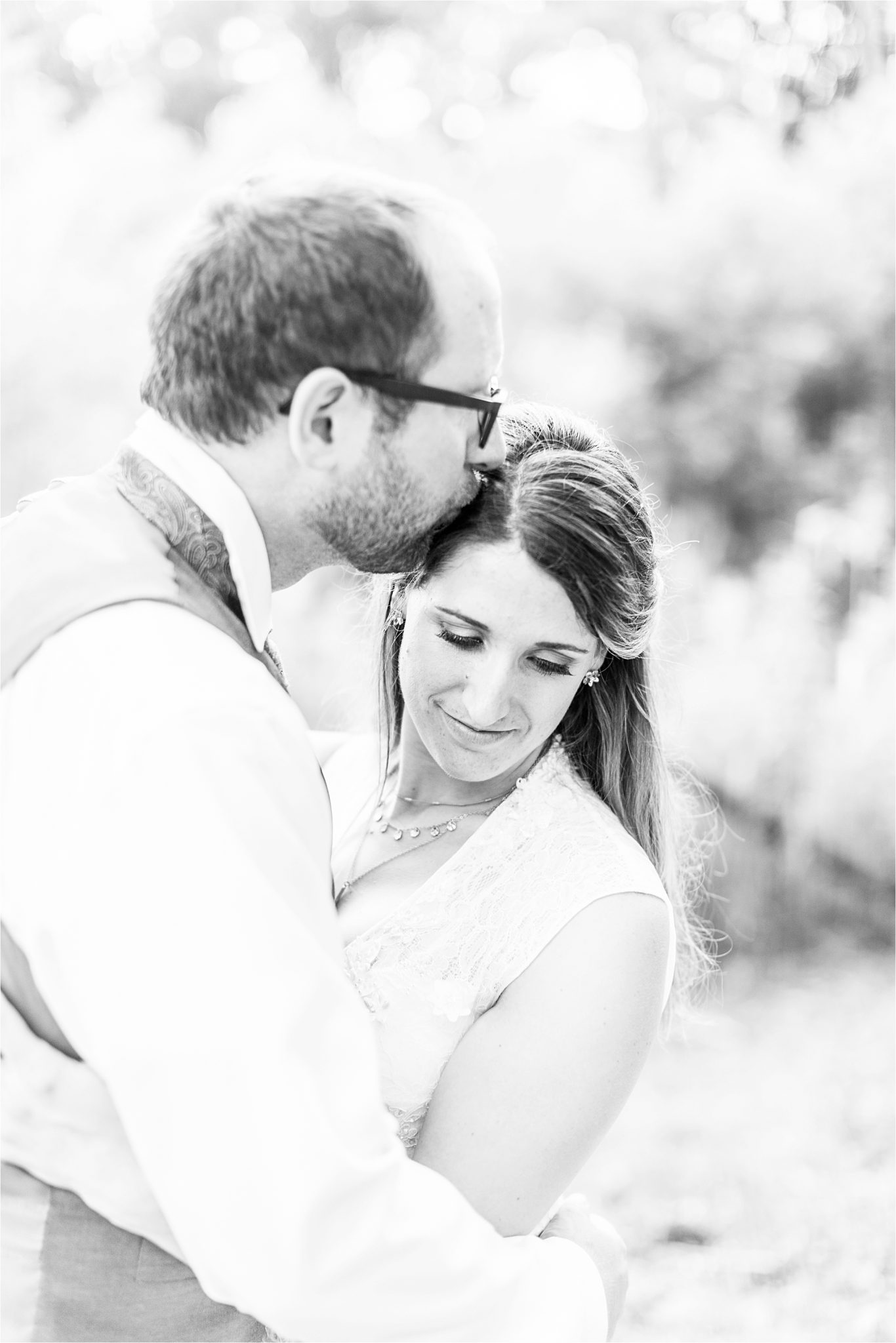 photos of the bride and groom-detail shot-black and white-backyard country wedding