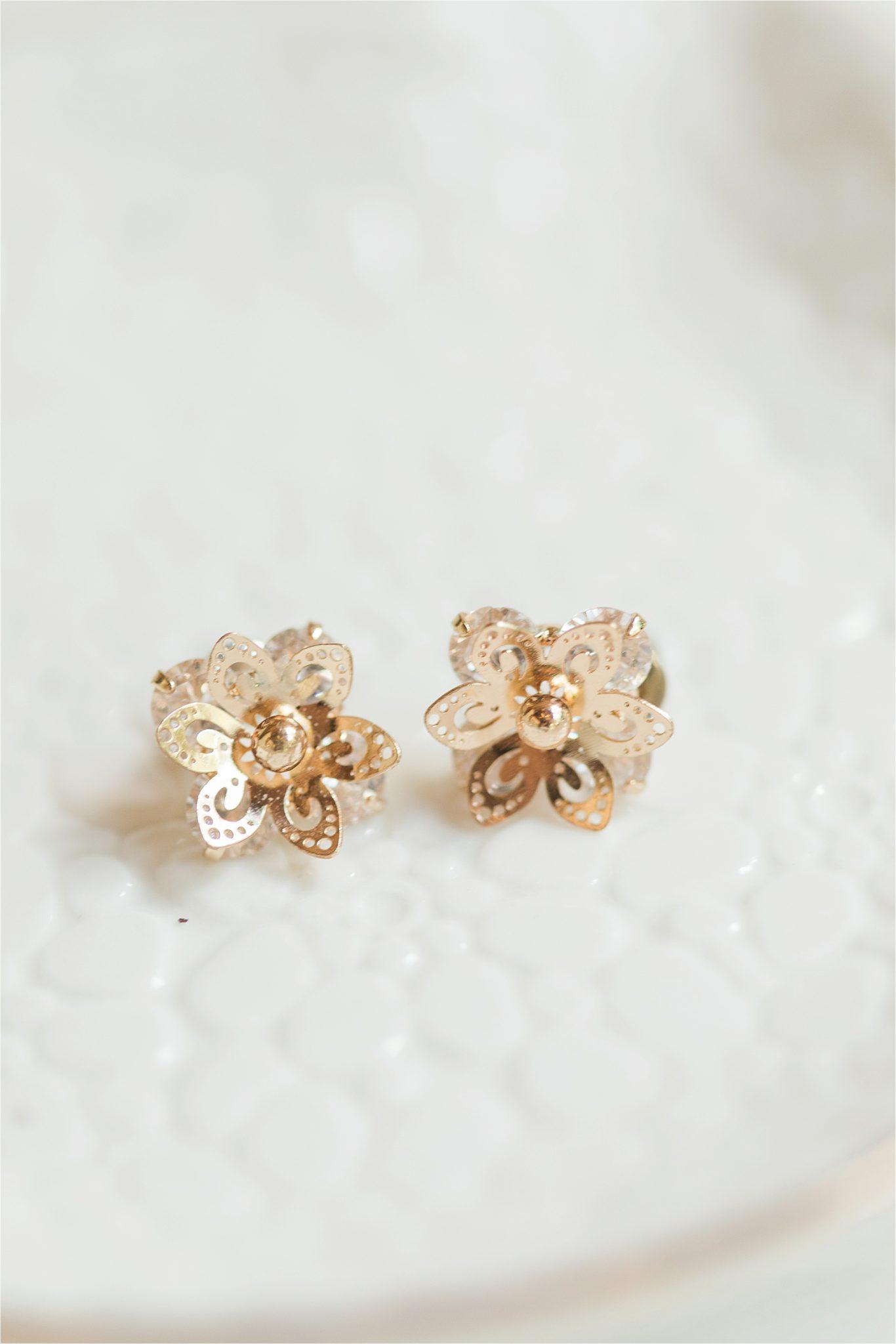 gold studs-bridal jewelry-ornate golden earrings-flower earrings-beautiful flower studs