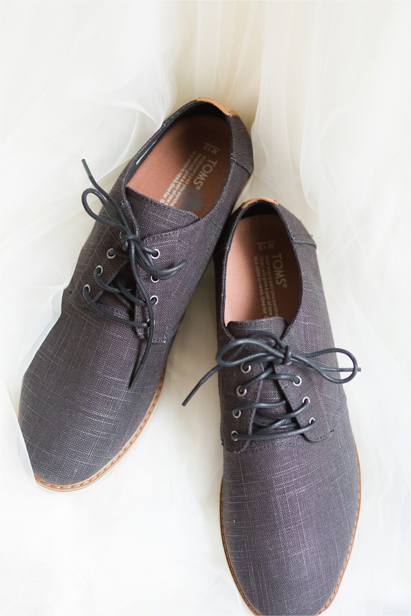 Toms-groom-shoes-textured groom shoes-grey-charcoal