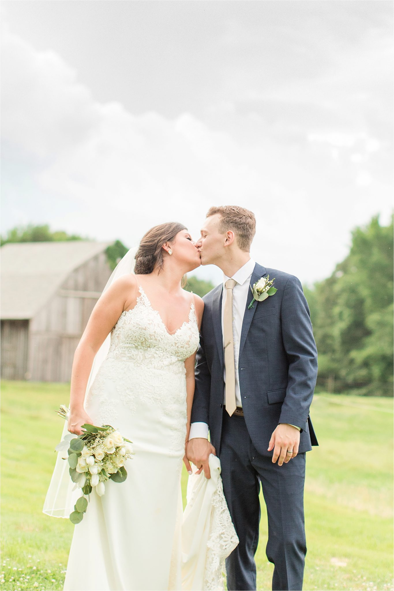 Hedge Farm Wedding, Alabama Wedding Photographer, Barn Wedding, navy and neutral themed wedding, bride and groom