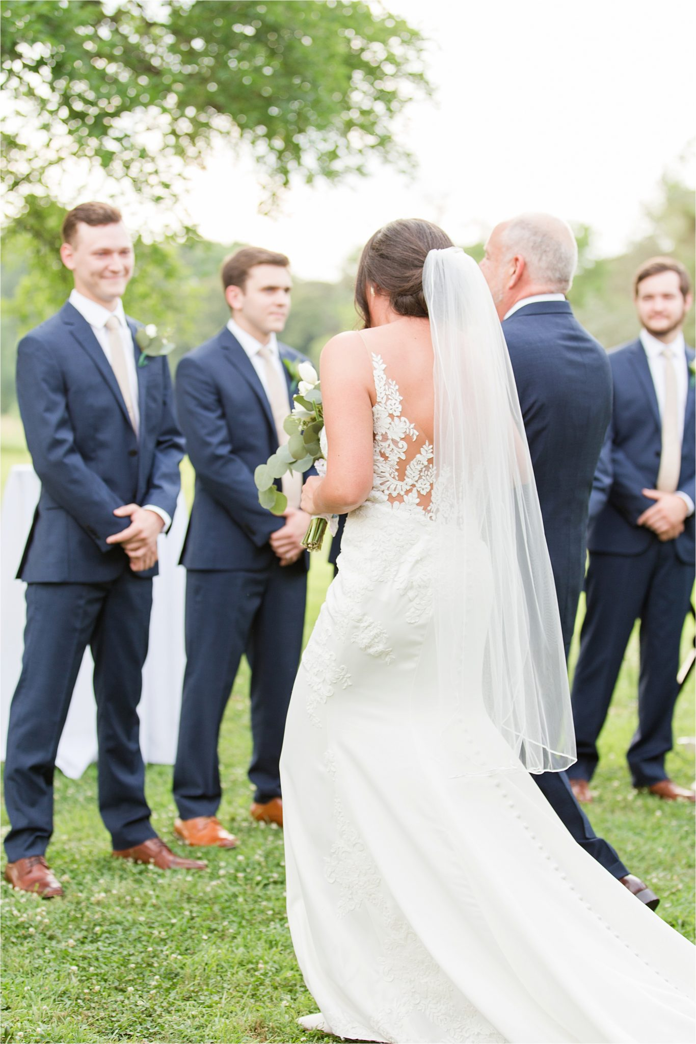 Mississippi wedding photographer | Hedge Farm Wedding | Alabama Wedding Photographer | Groom and Groomsmen