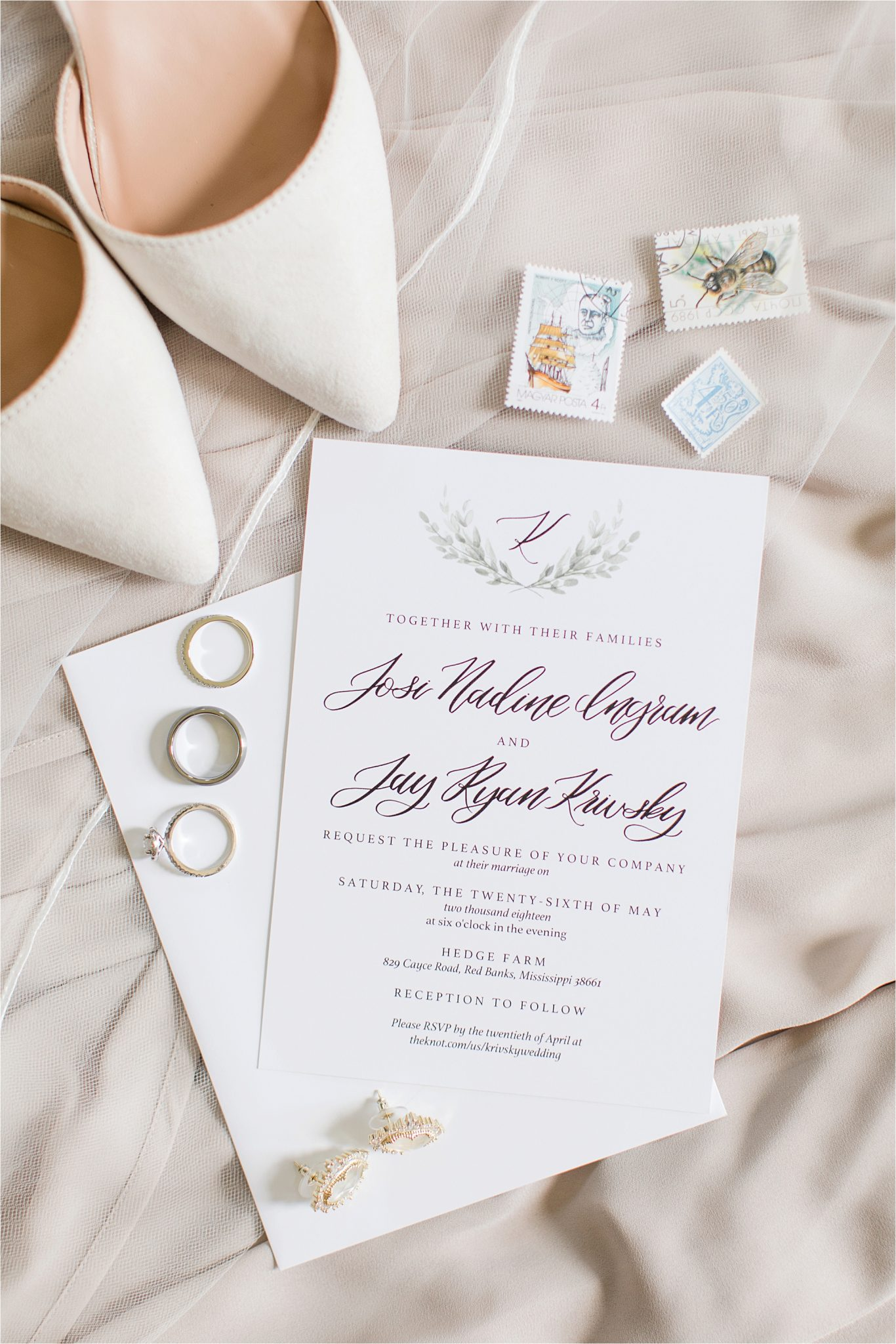 Hedge Farm Wedding | Alabama Wedding Photographer | Barn Wedding | Invitations and Details