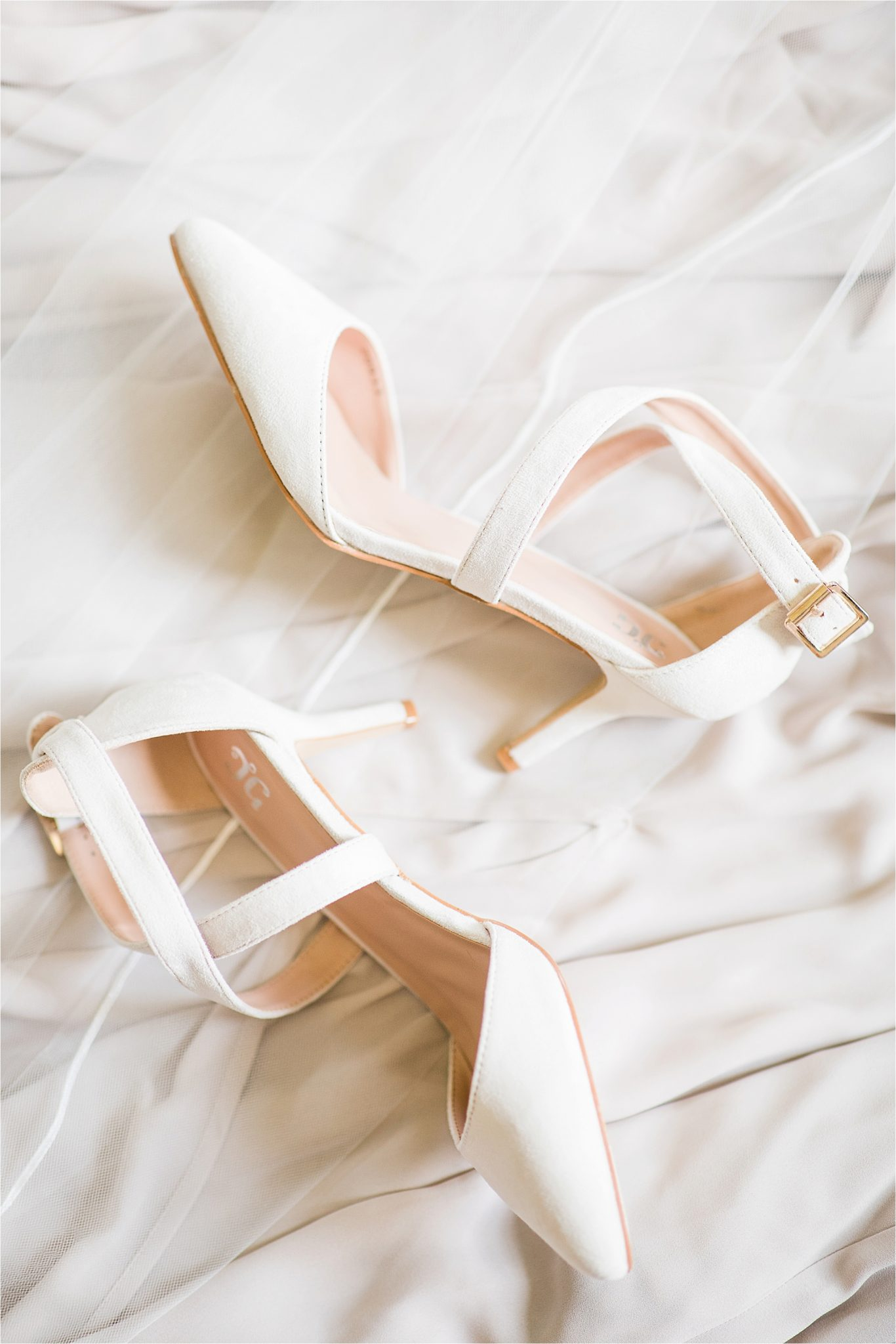 Hedge Farm Wedding , Alabama Wedding Photographer, Barn Wedding, Wedding Shoes, Wedding Details