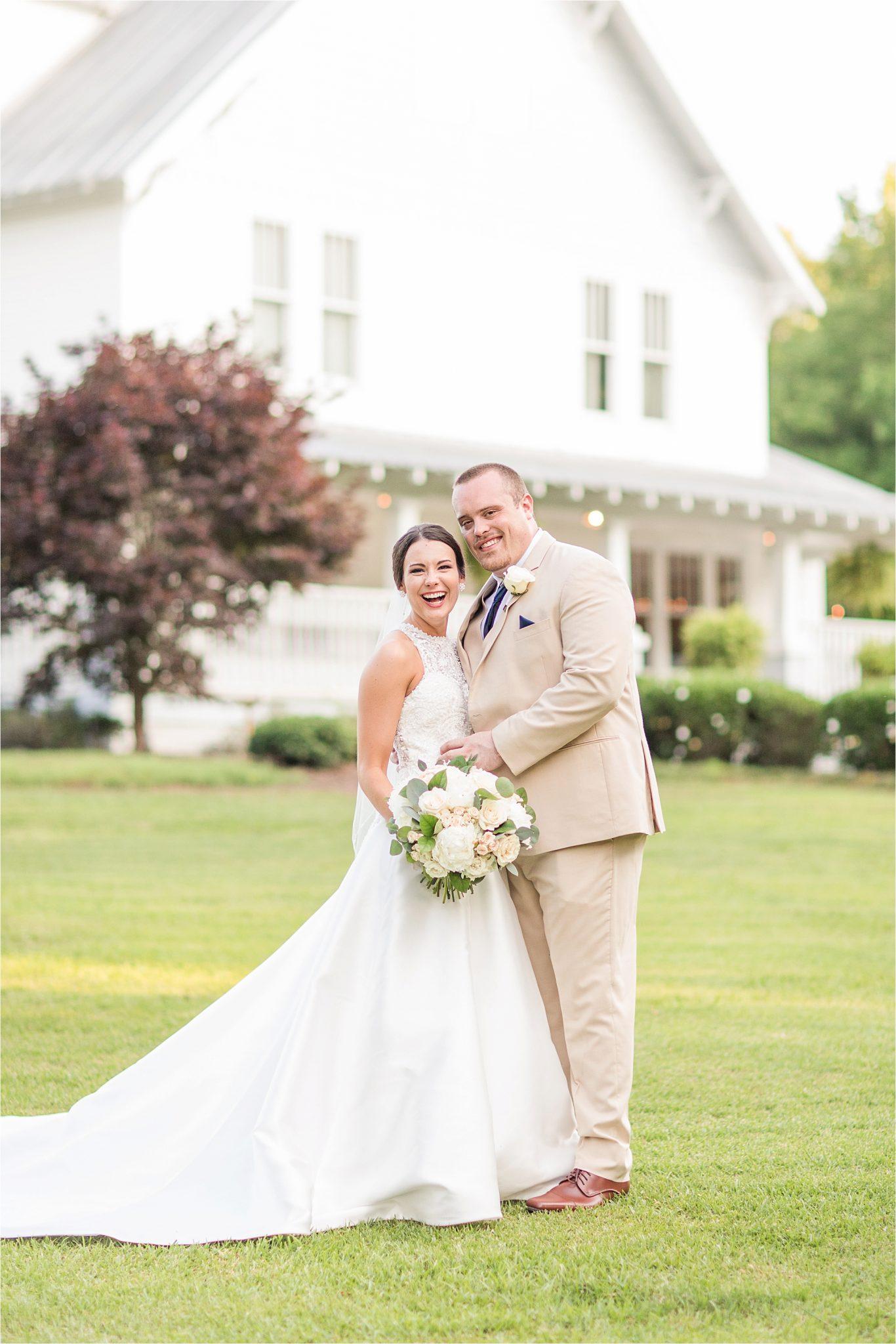 Sonnet House, Birmingham Alabama Wedding Photographer, Candid wedding shots