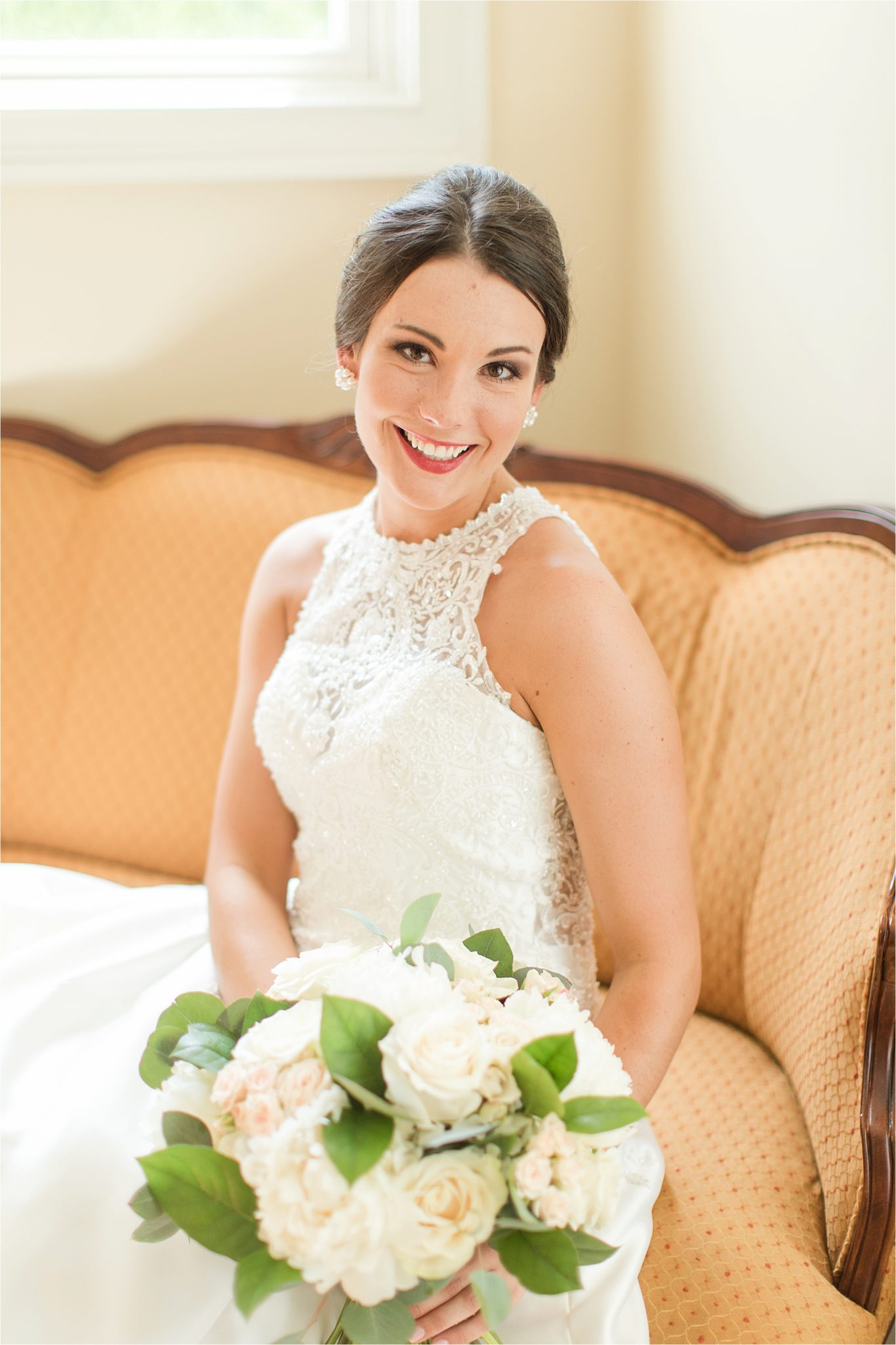 Sonnet House, Birmingham Alabama Wedding Photographer, Bridal shoot, Wedding bouquet