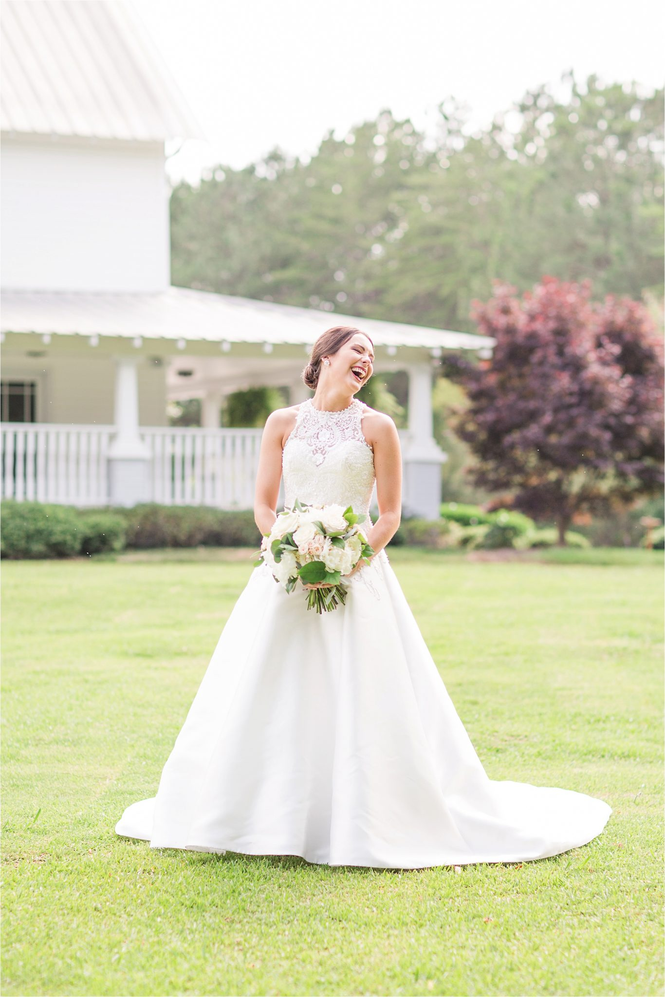 Sonnet House, Birmingham Alabama Wedding Photographer, Bridal portrait, Wedding bouquets