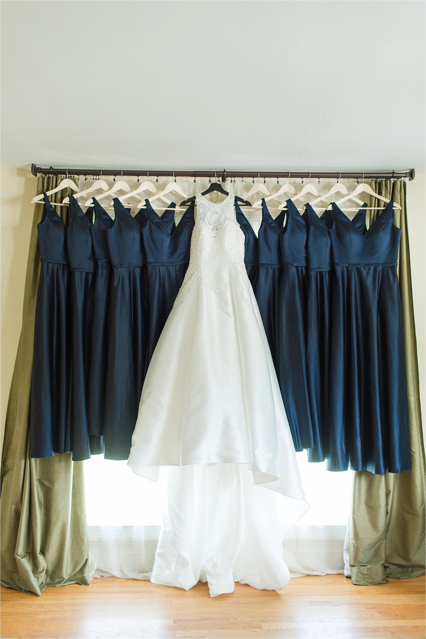 Sonnet House, Birmingham Alabama Wedding Photographer, Wedding dress, Blue themed wedding