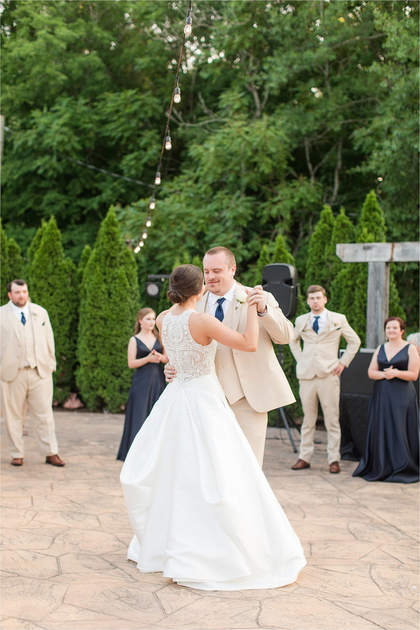 Sonnet House, Birmingham Alabama Wedding Photographer, Wedding dance, Wedding reception