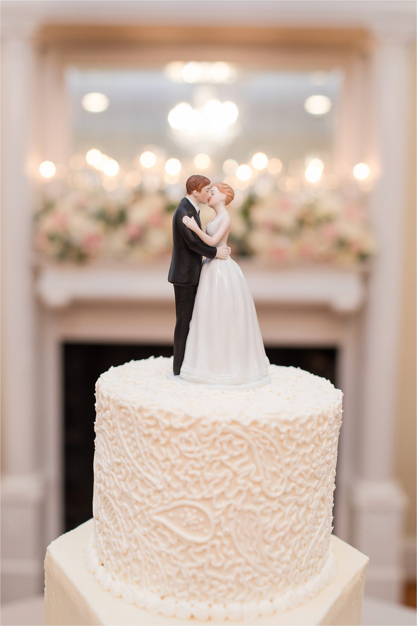 Sonnet House, Birmingham Alabama Wedding Photographer, Traditional wedding cake, Wedding dessert