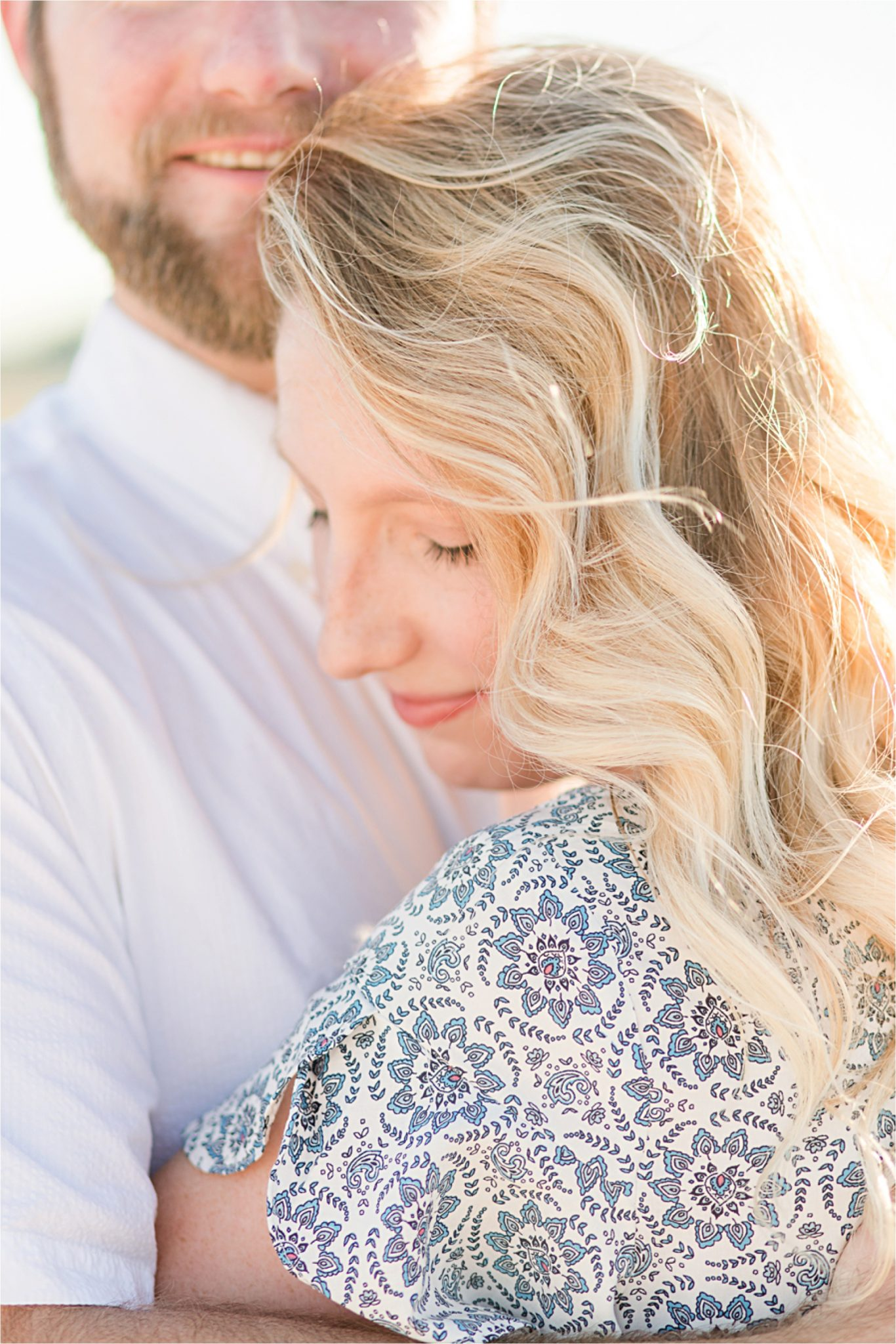 Beach engagement photos | Daulphin Island | Mobile wedding photographer | Candid romantic couples | Whimsical |