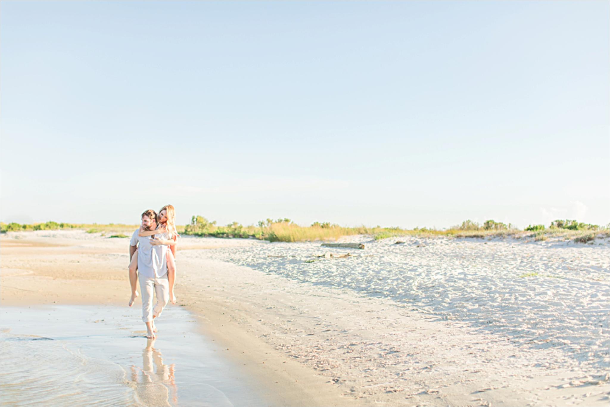 Beach engagement photos | Daulphin Island | Mobile wedding photographer | Candid couples |