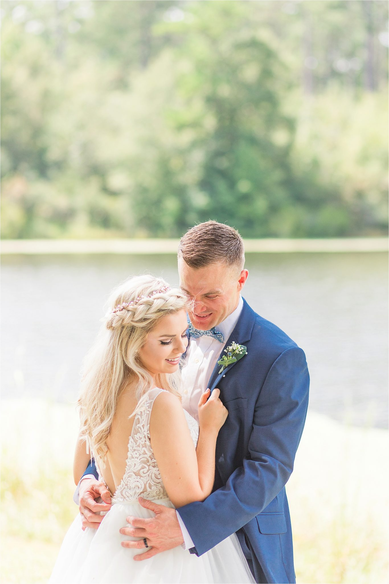 bridal-groom-portraits-photos-blue-suit-bow-tie-first-look-photo-ideas