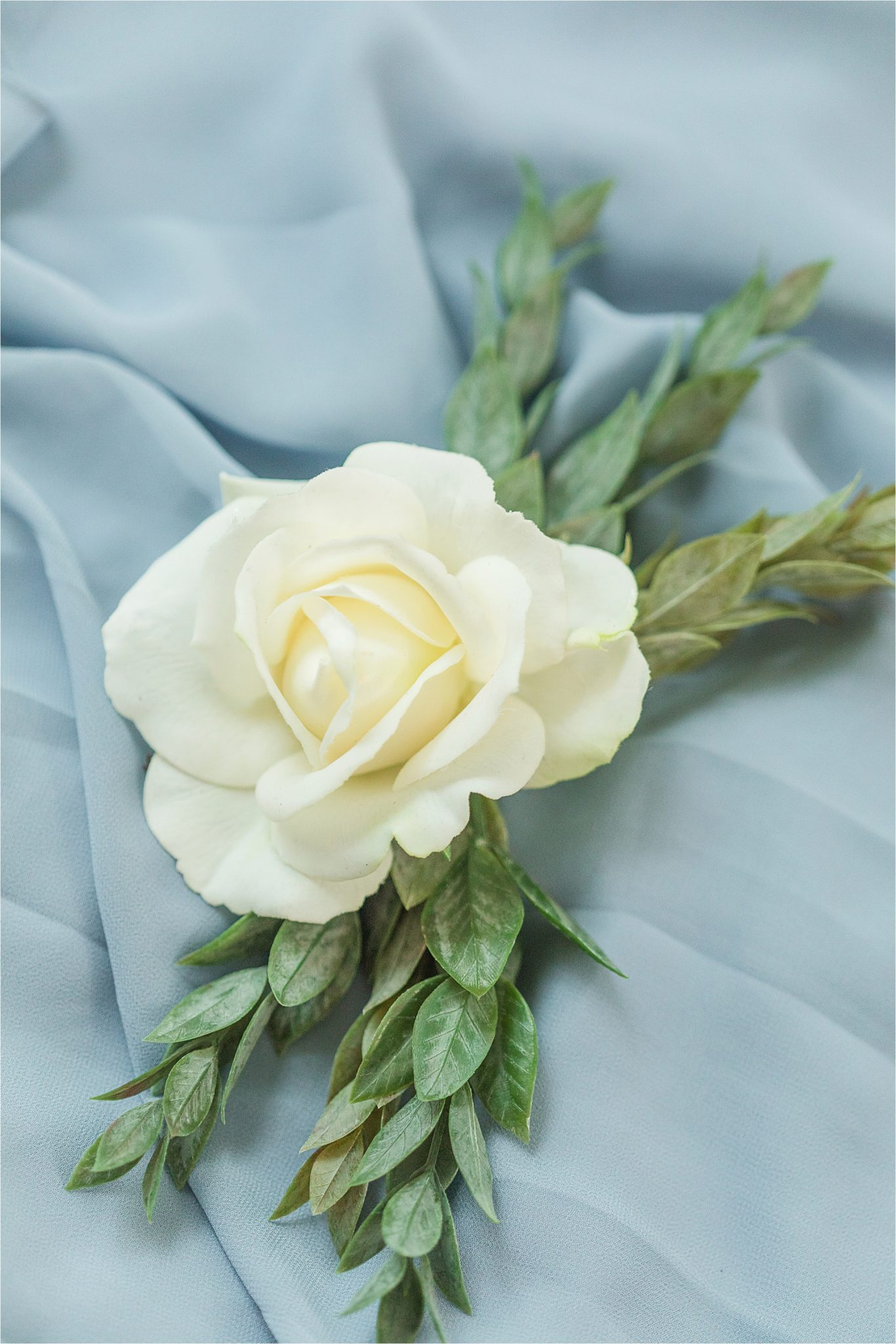 realistic-arificial-flowers-white-rose-corsage-wedding-periwinkle