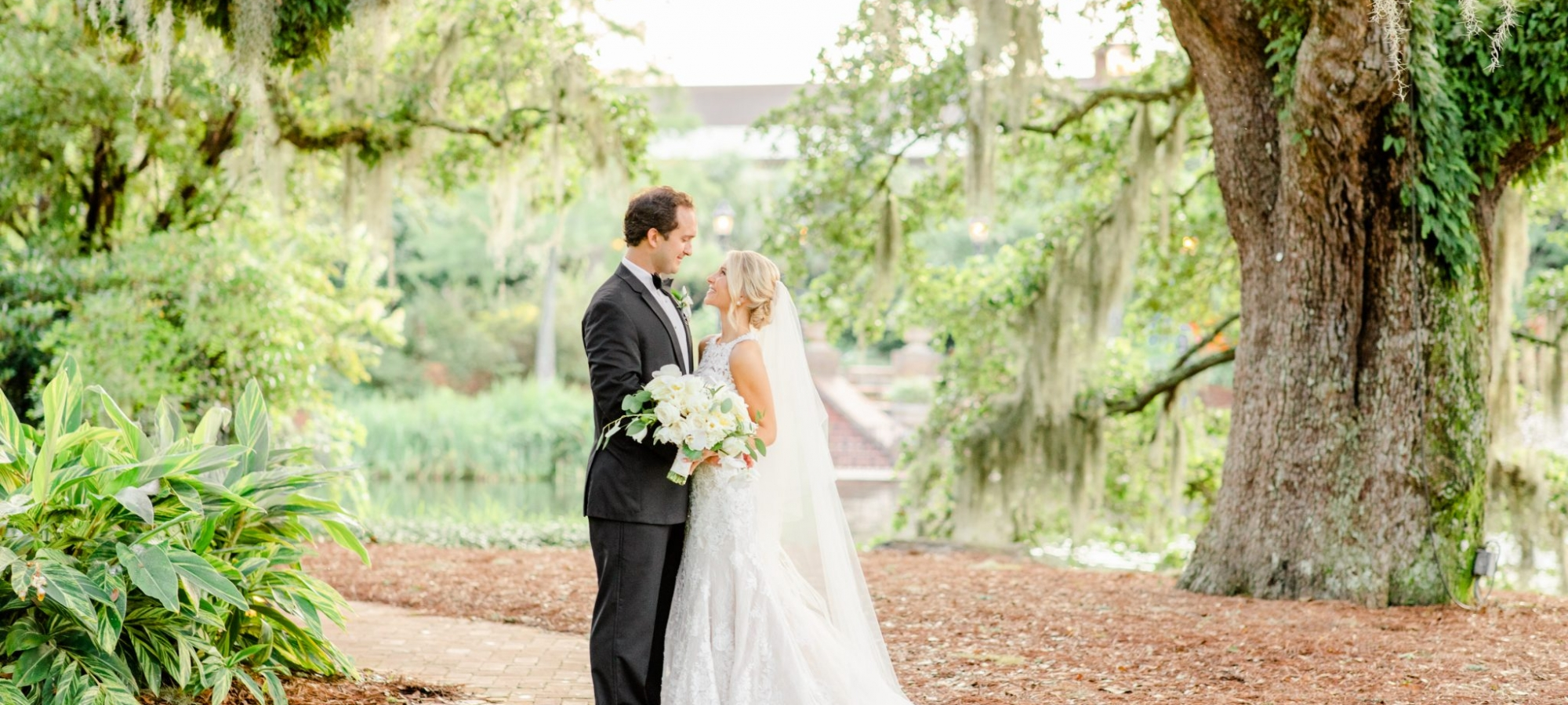 Wedding-at-the-Grand-in-Point-Clear-Fairhope-Anna-Filly-Photography-Sneak-Peeks-Cross-wedding -36